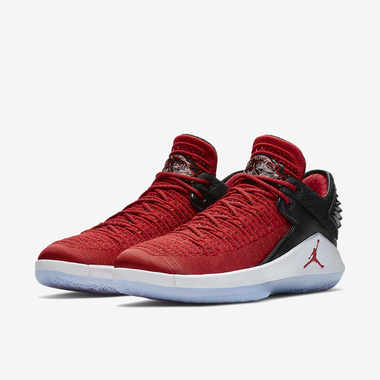 ... Air Jordan XXXII Low \