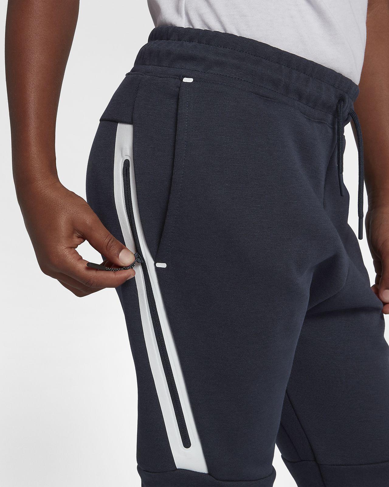 Nike Sportswear Tech Fleece Older Kids  (Boys ) Trousers. Nike.com LU 070d0be584