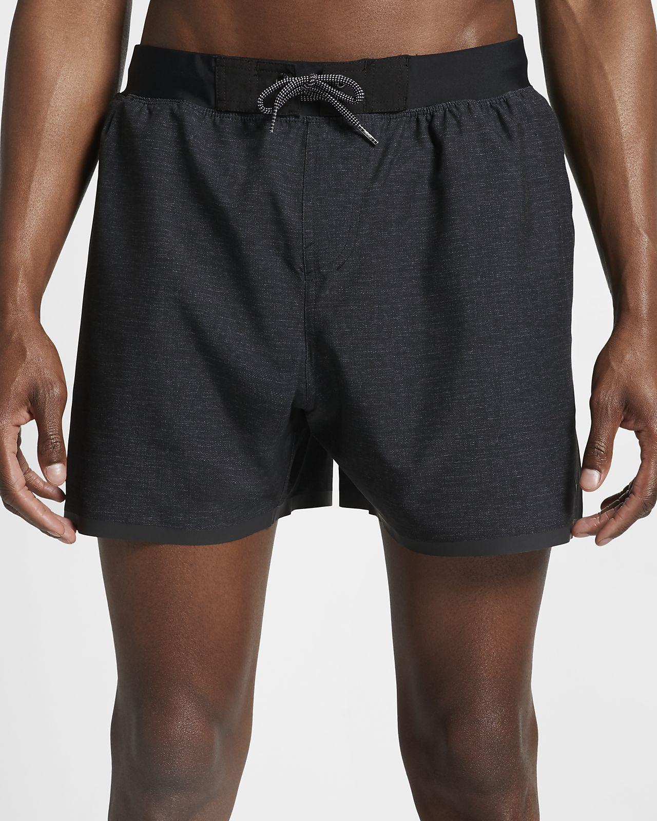 Nike Badeshort. Dri FIT. Bermuda mit Innenhose. Tasche mit