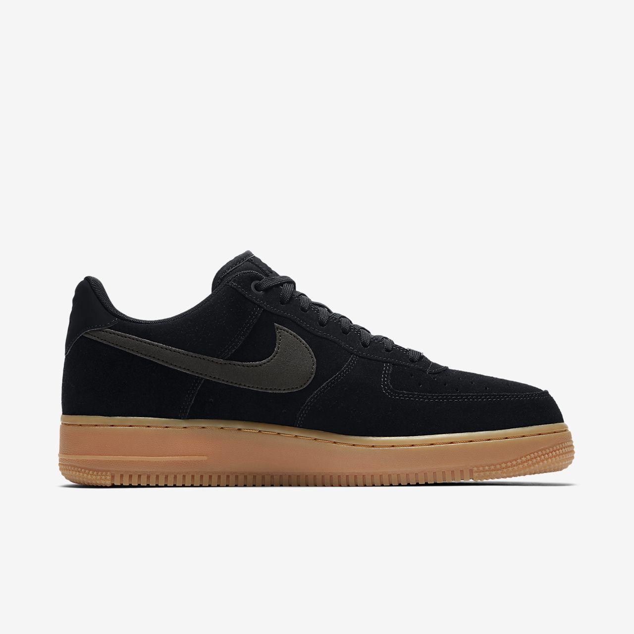 Air Force 1 07 Lv8 Suede Noire Nike Baskets HommeNike 1nbU6Zf1nL