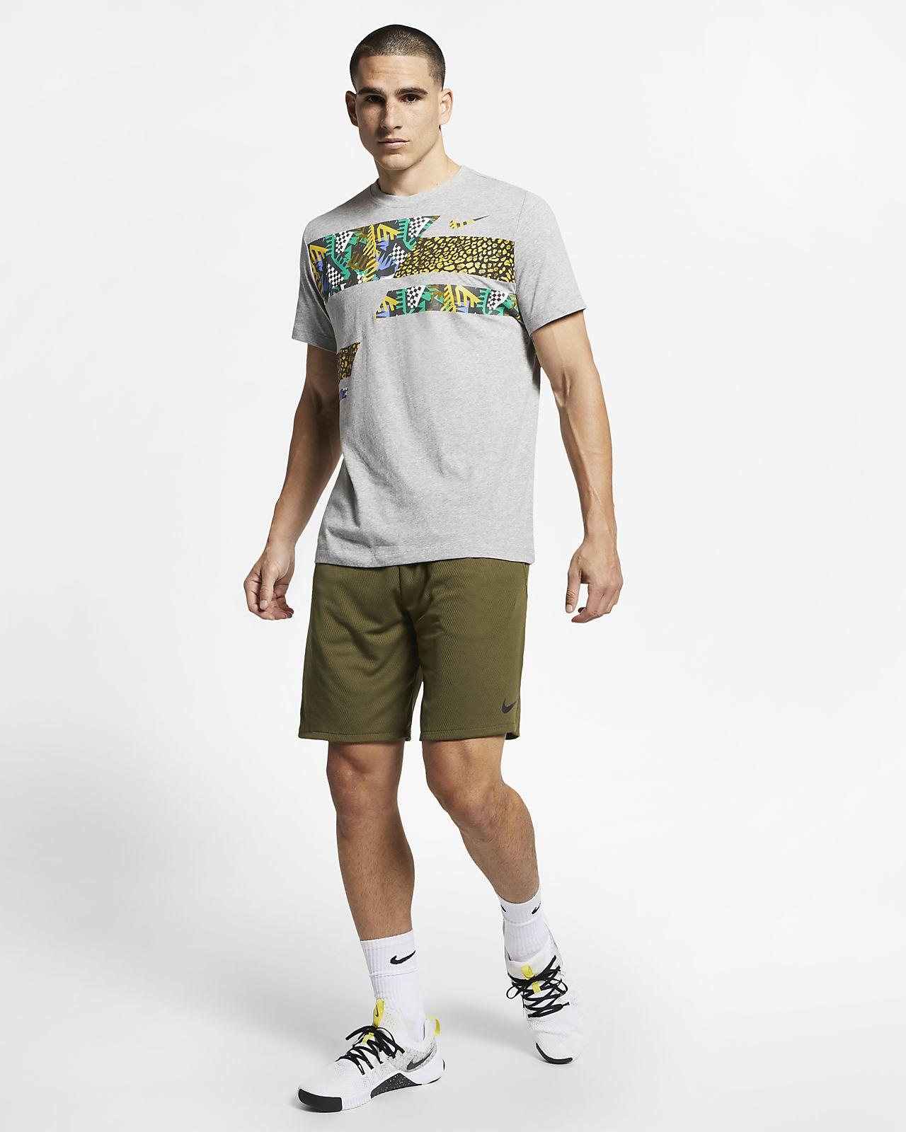 a1ad2bdb1 Nike Dri-FIT Men's Hooded Short-Sleeve T-Shirt. Nike.com