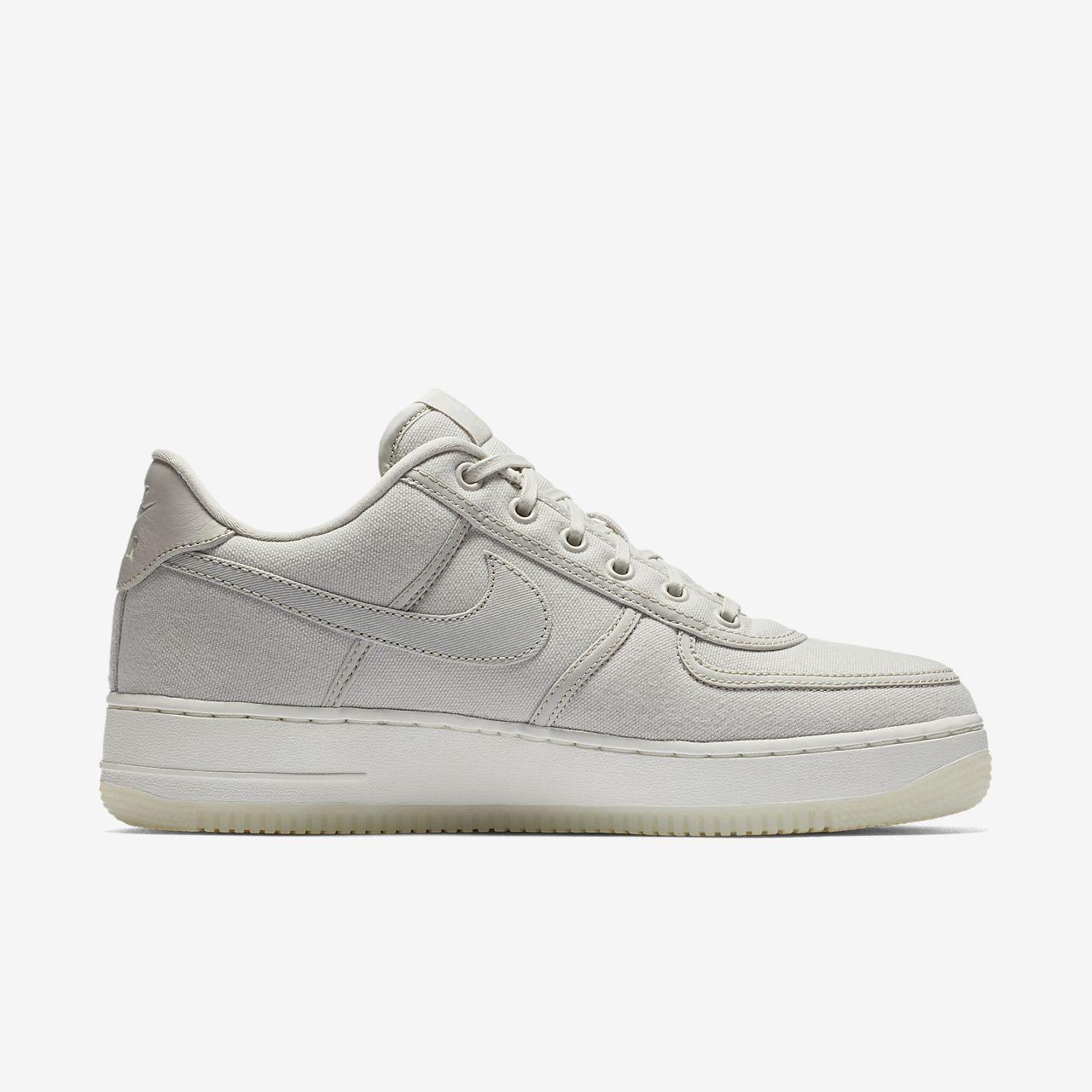 chaussures de sport 53ca6 11d3f Chaussure Nike Air Force 1 Low Retro QS pour Homme