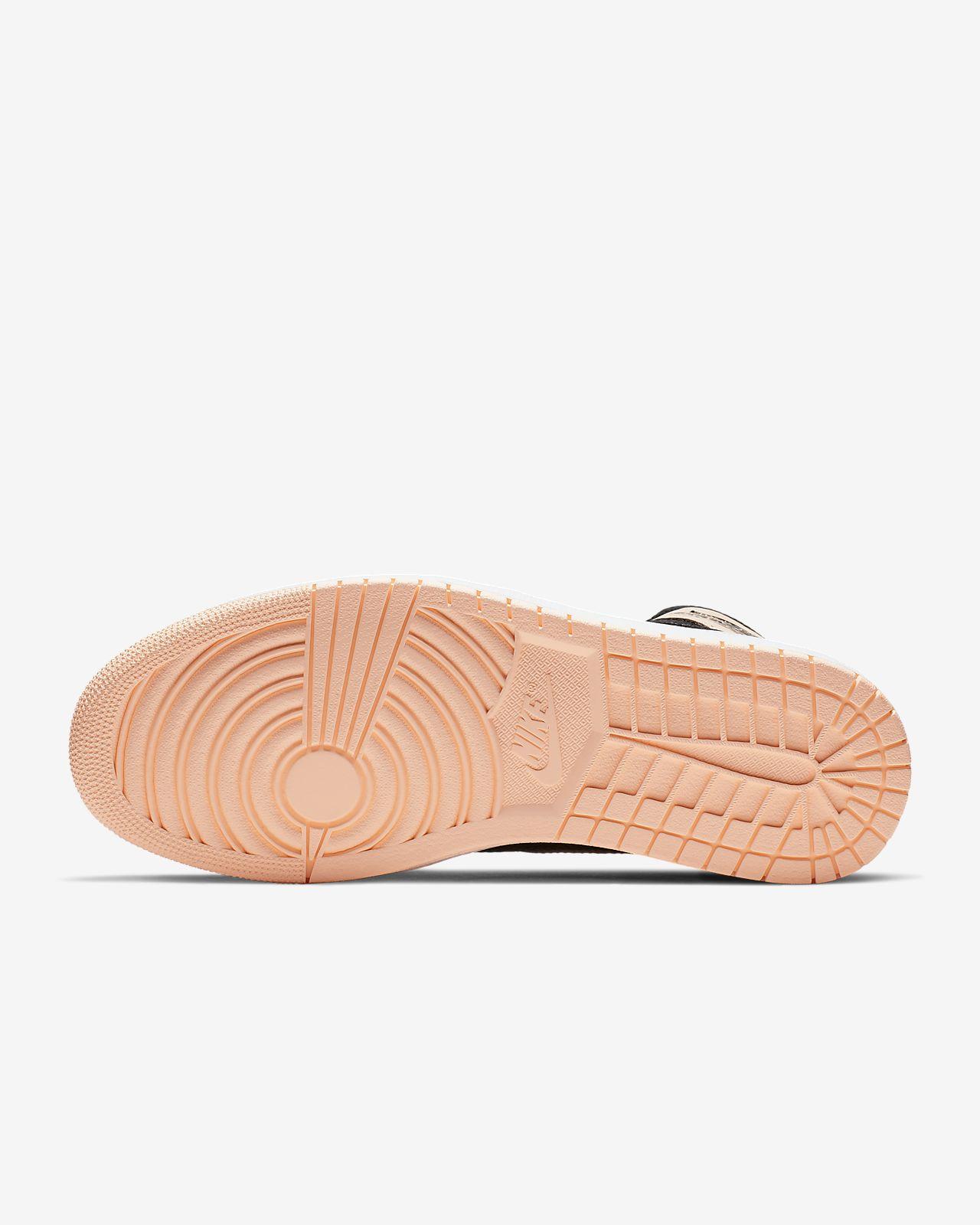 6ea80bb411d1 Air Jordan 1 Retro High OG Shoe. Nike.com SG