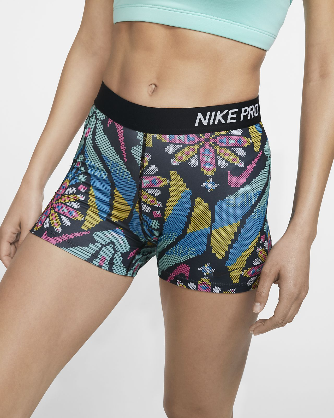 Shorts med tryck Nike Pro 7,5 cm för kvinnor