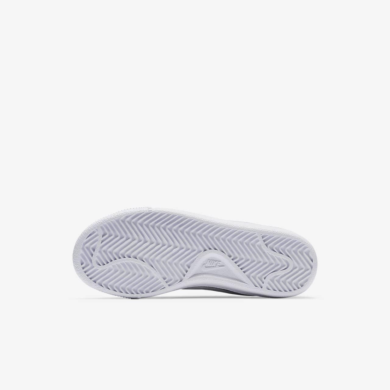 4ab7b633dbb1 NikeCourt Royale Little Kids  Shoe. Nike.com