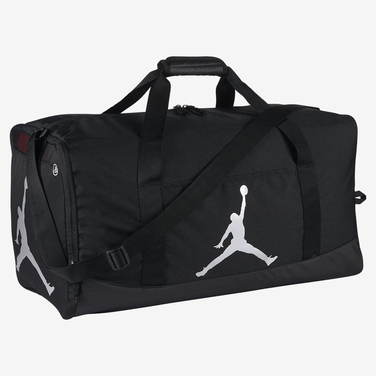 2df07124c268f0 Jordan Trainer Duffel Bag. Nike.com LU