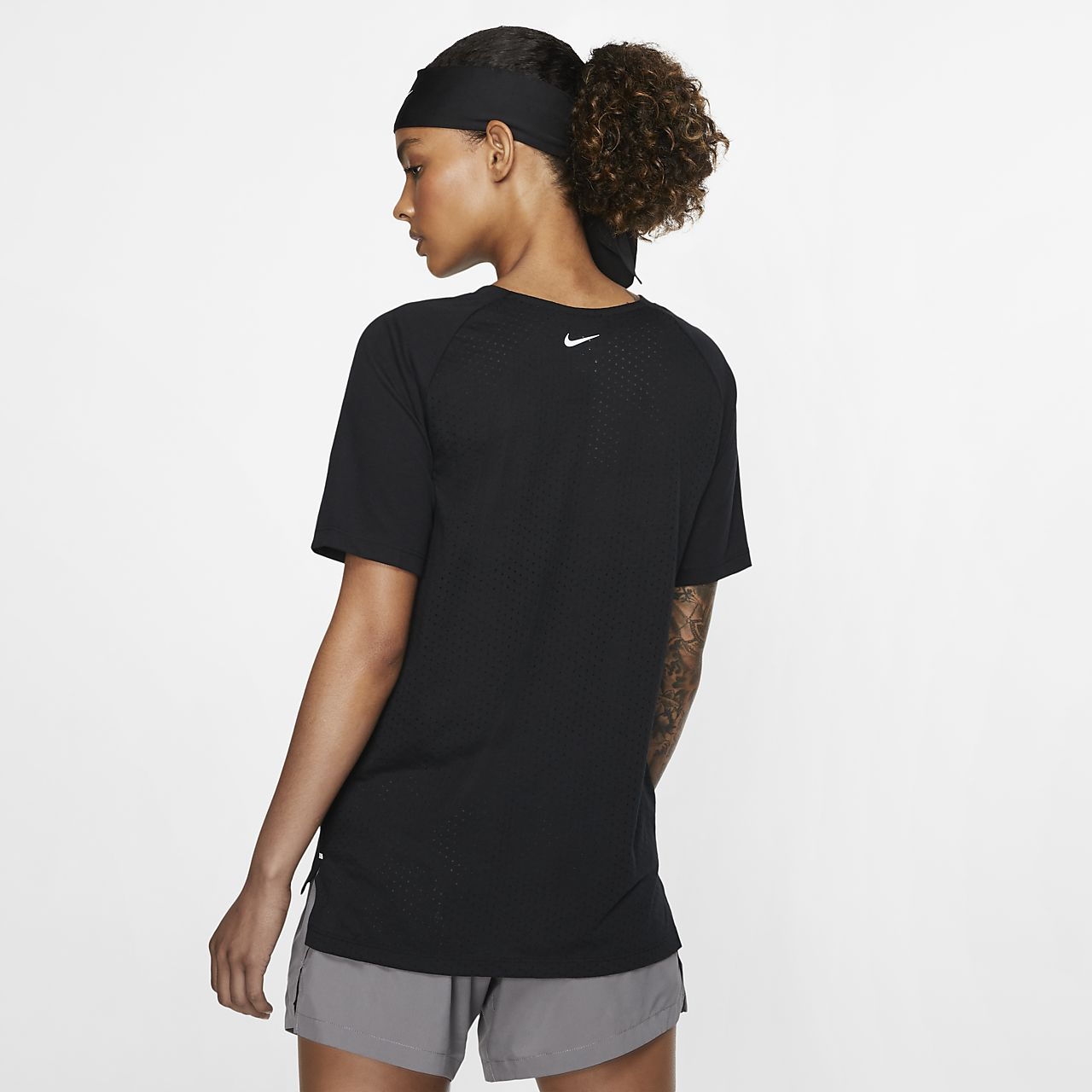 5266308c3e Nike Dri-FIT Tailwind Women s Short-Sleeve Running Top. Nike.com EG