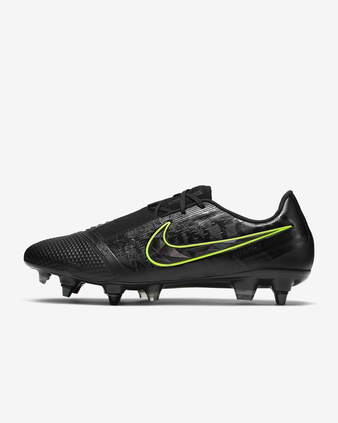 chaussure de foot terrain gras nike