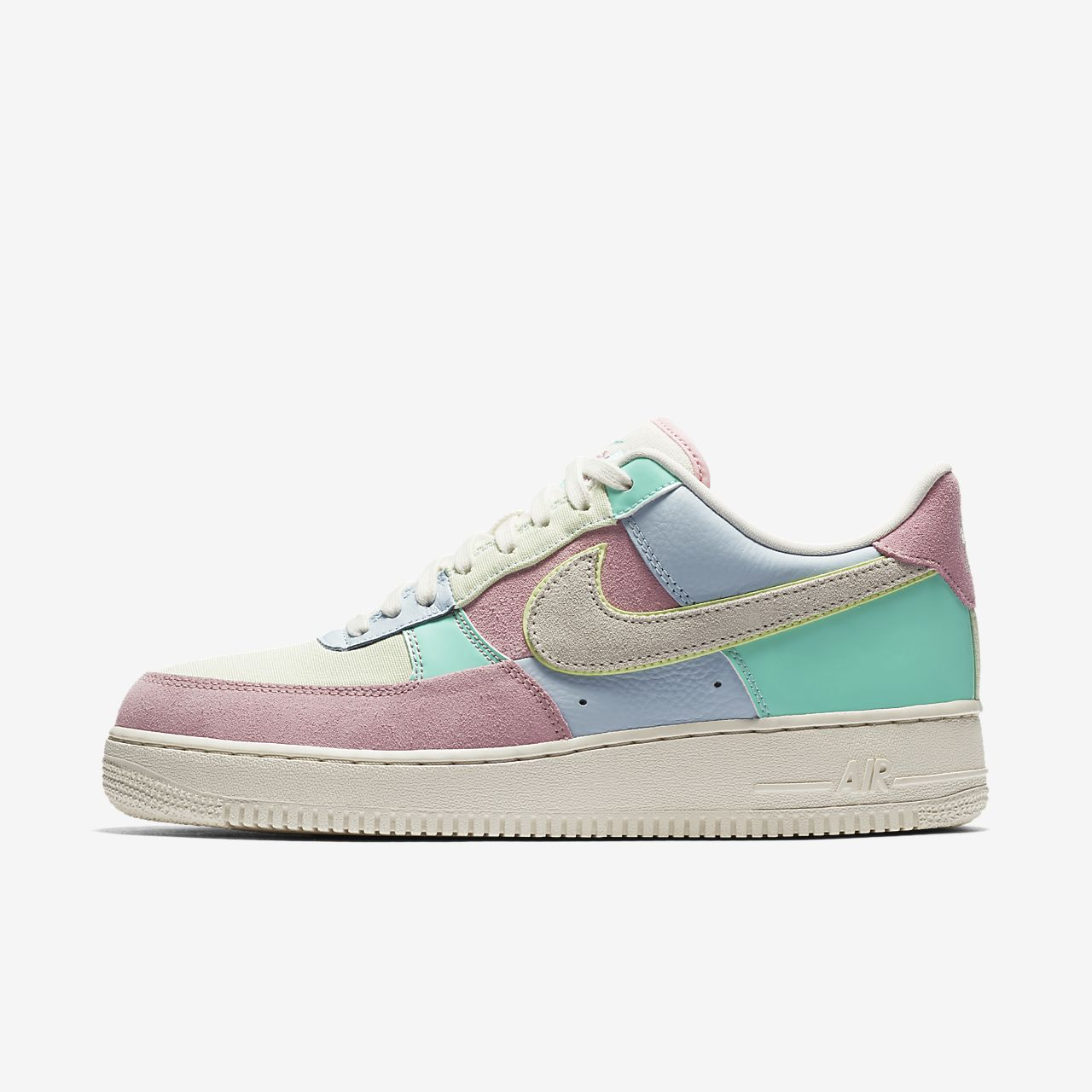 Nike Air Force 1 07 QS Mens Shoe