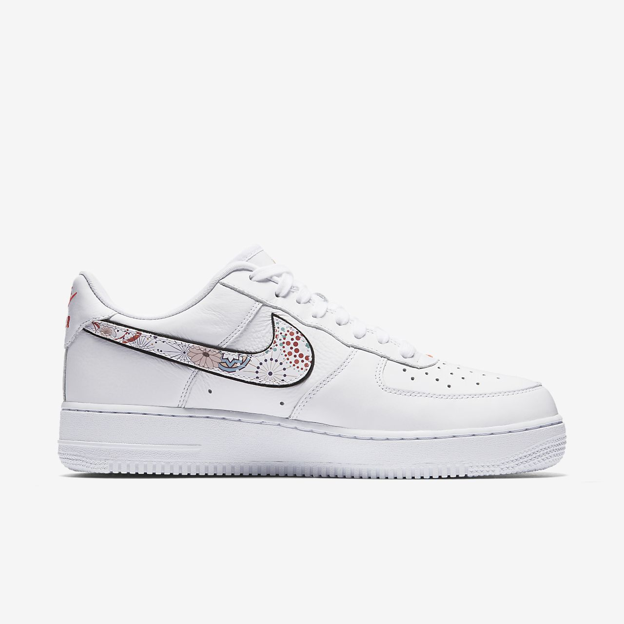 ... Nike Air Force 1 '07 LNY Men's Shoe