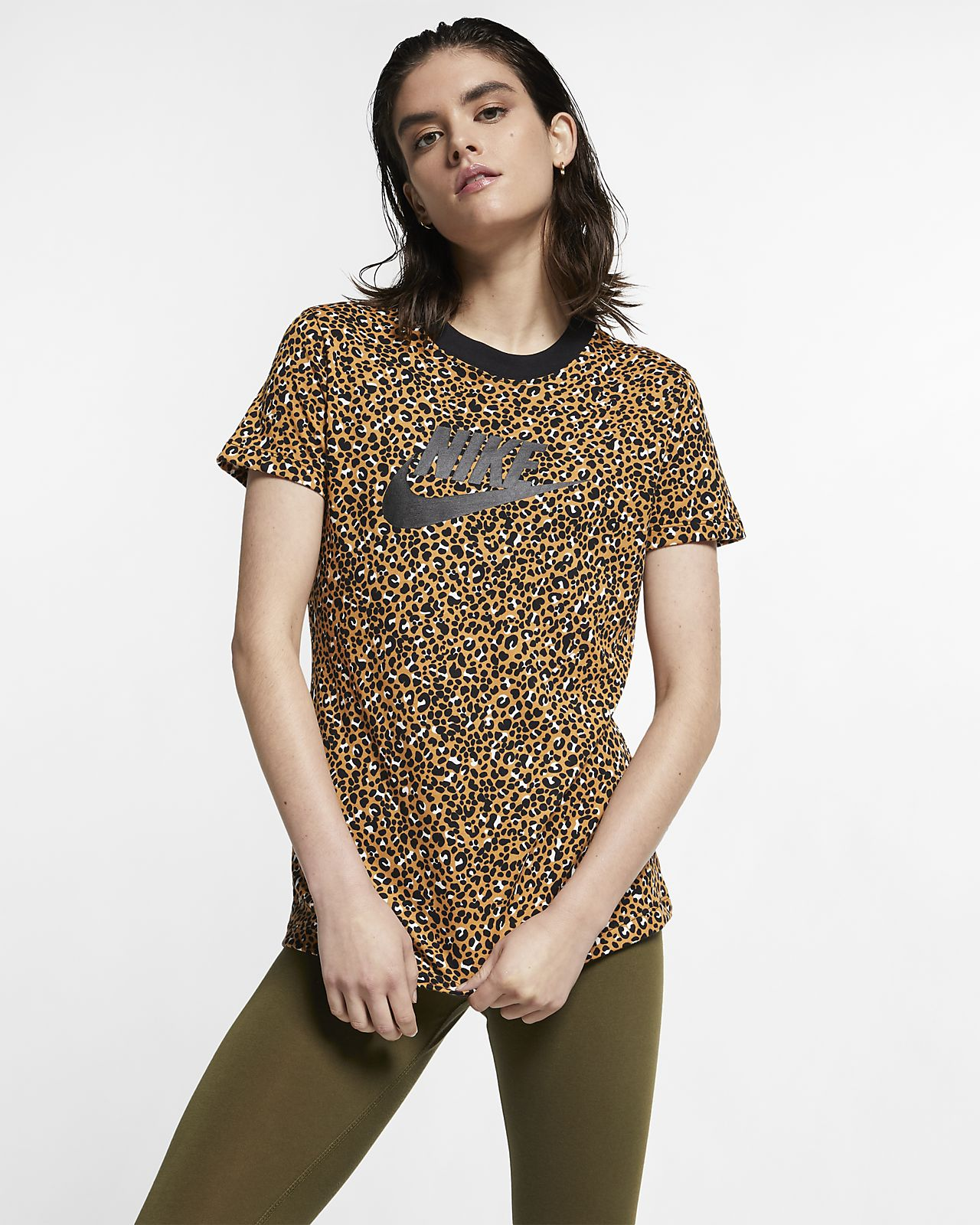 Женская футболка Nike Sportswear Animal Print