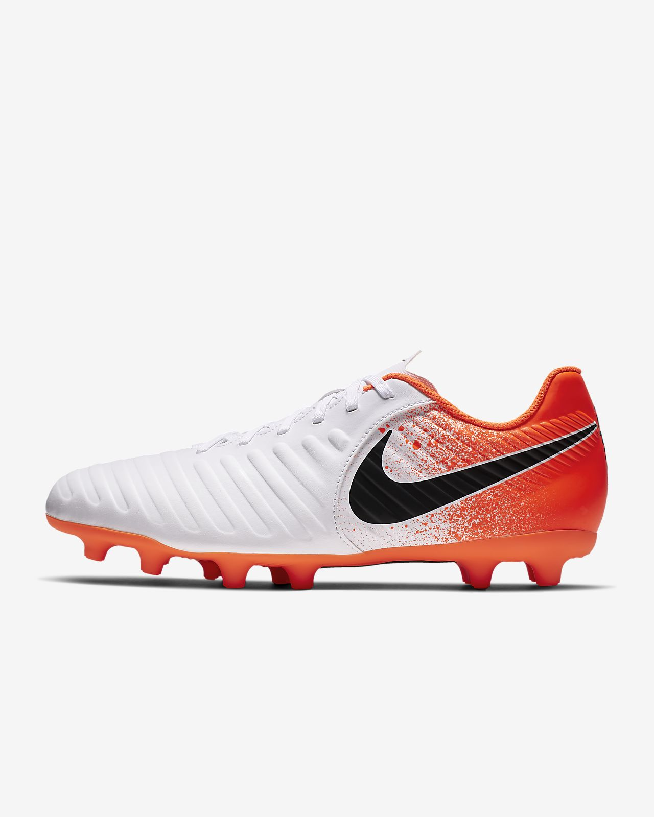 buy online 6264d 2cc7e Nike Tiempo Legend VII Club 多種場地足球釘鞋