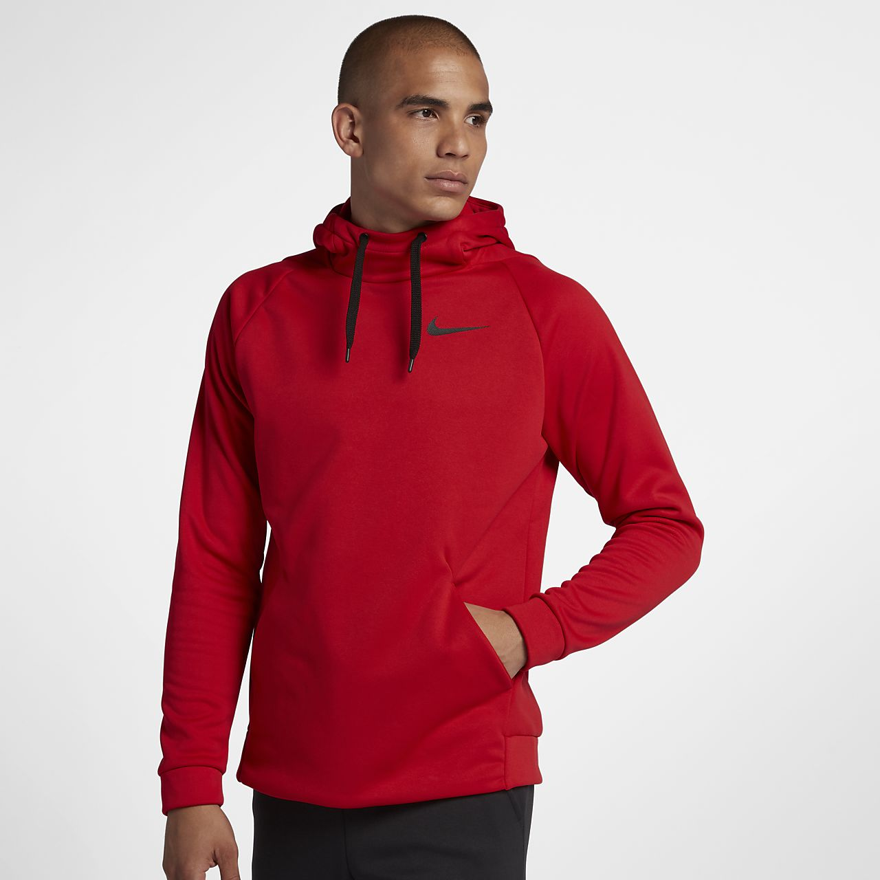 07a60bae6da04 Nike Therma Men s Pullover Training Hoodie. Nike.com