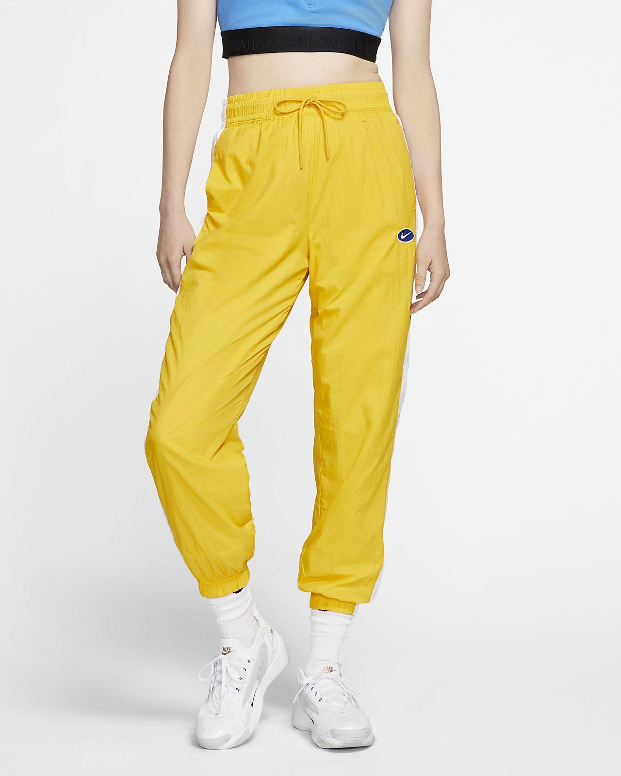 Pantalones Swoosh tejidos Nike Sportswear