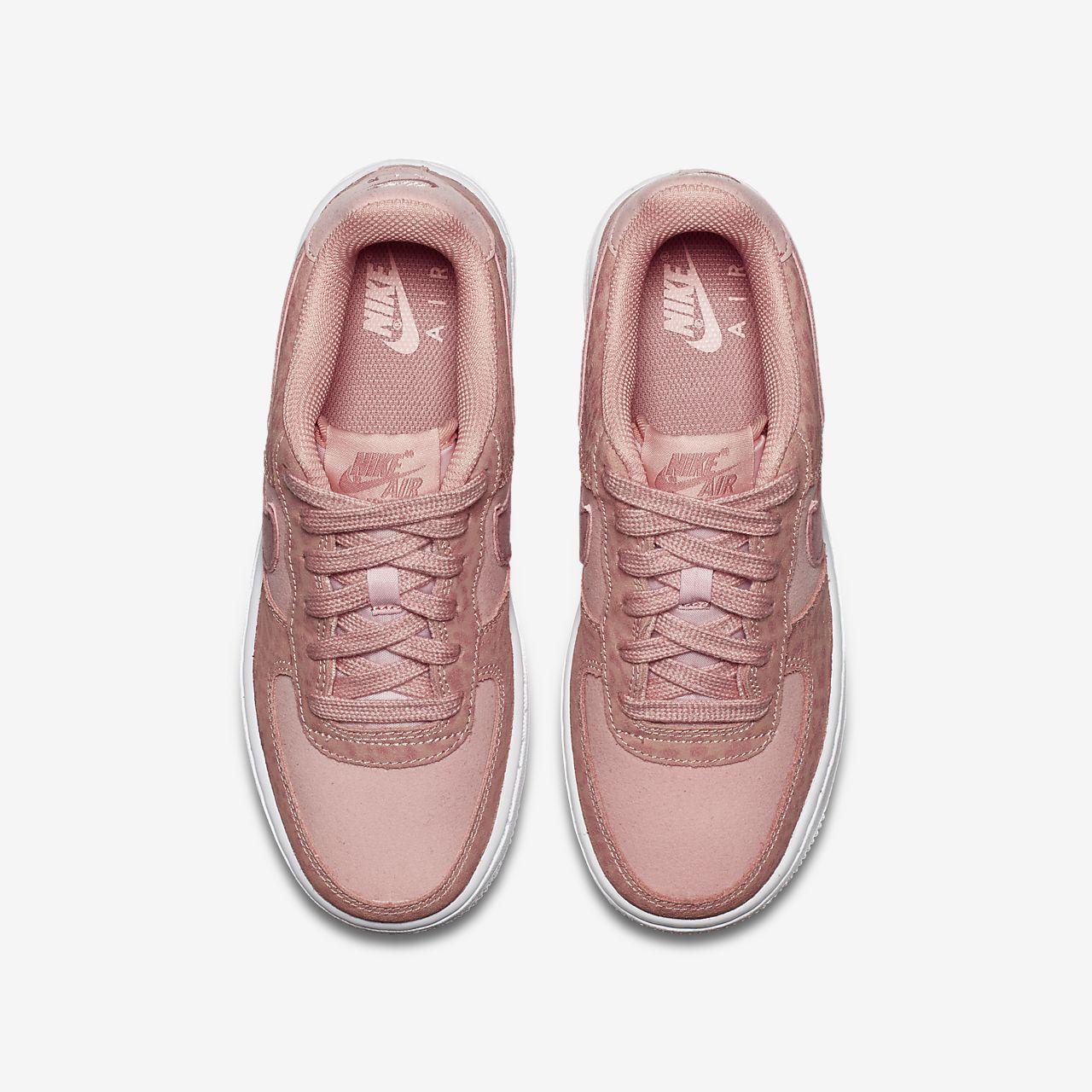 ... Nike Air Force 1 LV8 Shoe