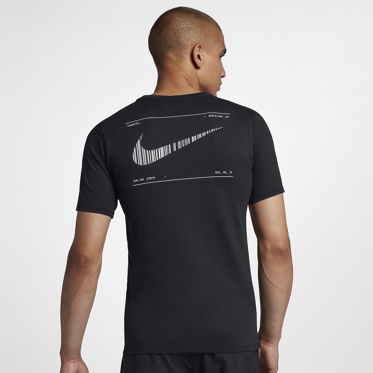 Pánské běžecké tričko Nike Dri-FIT (Barcelona). Nike.com CZ 4d4997c838