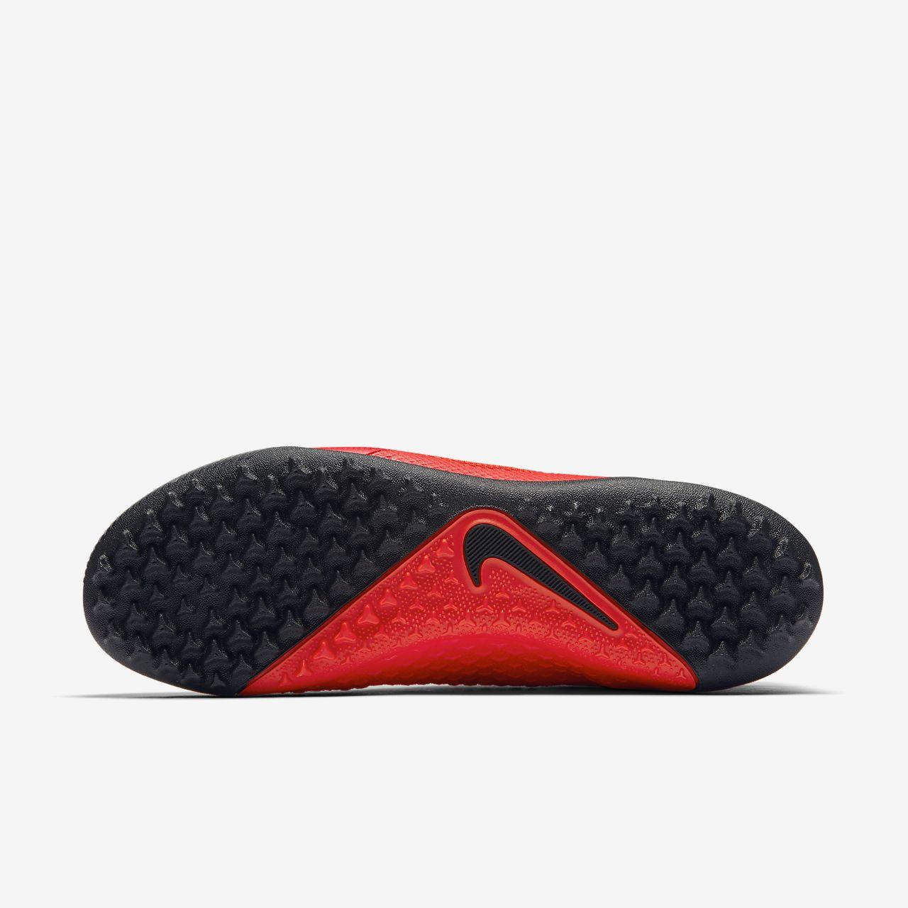 f2dced44666c Nike Phantom Vision Academy Artificial-Turf Football Boot. Nike.com ZA