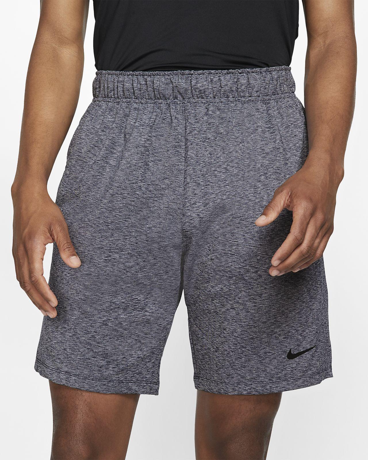 Nike Dri-FIT Yogatrainingsshorts voor heren