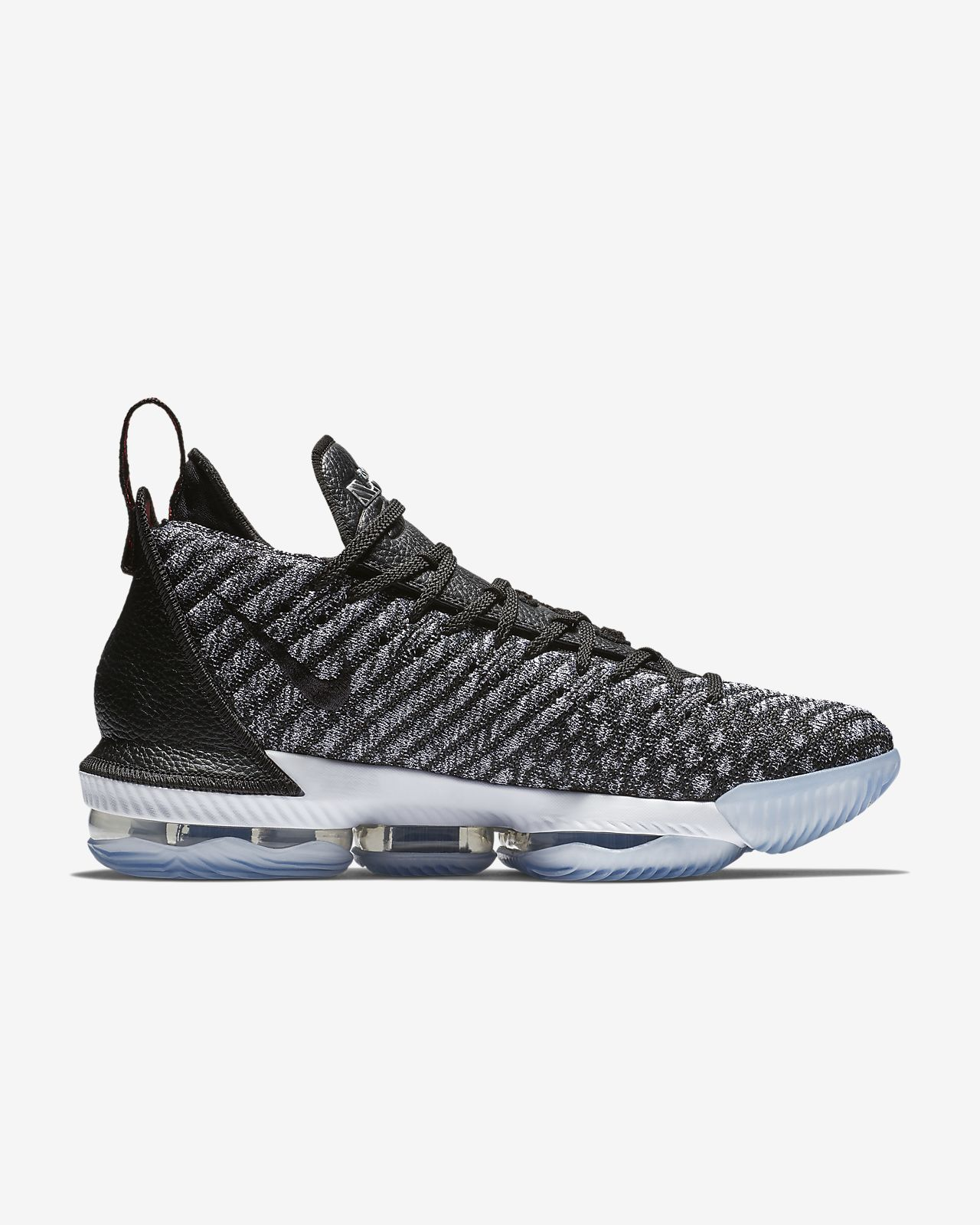 95c6b408a35478 Low Resolution LeBron 16 Basketball Shoe LeBron 16 Basketball Shoe