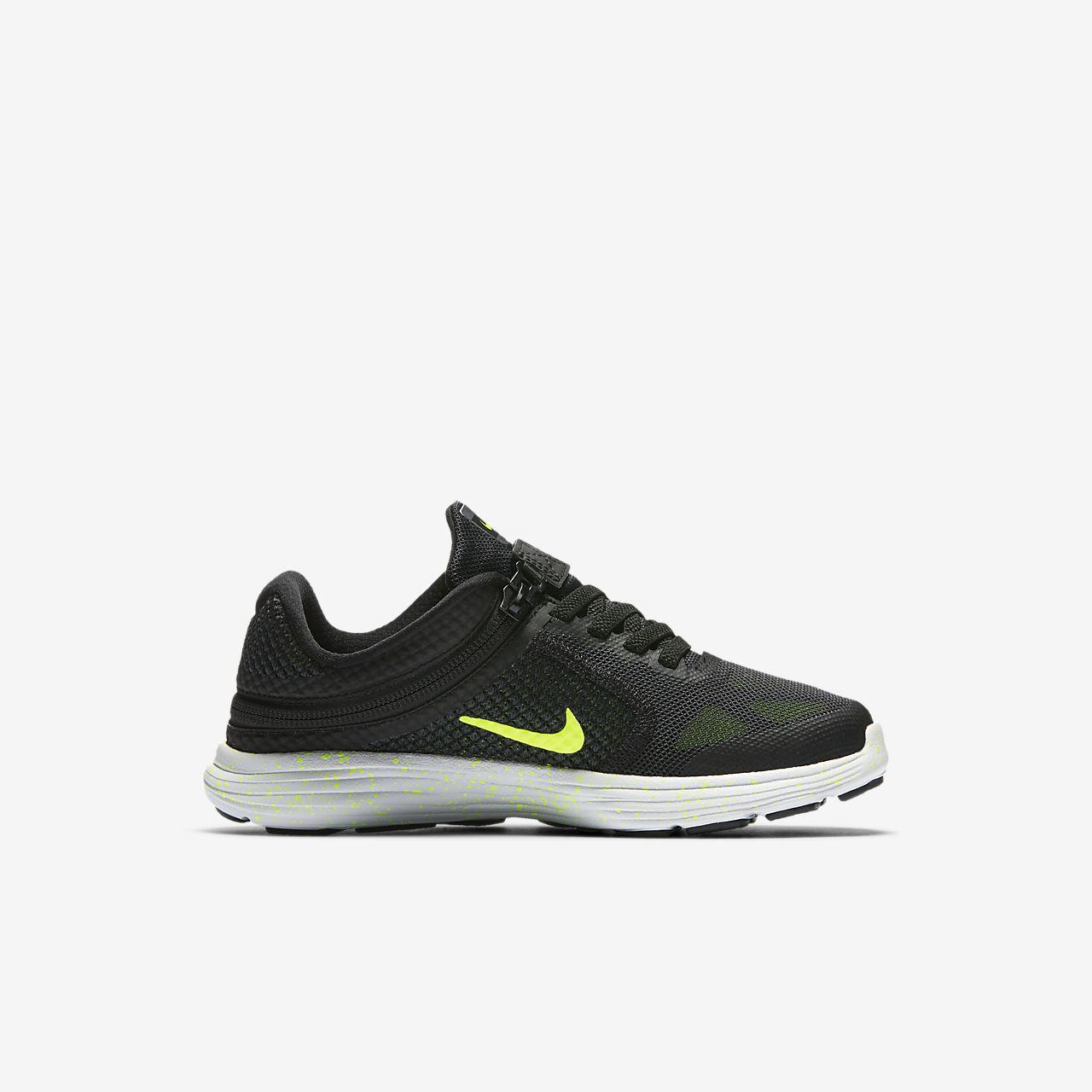 ... Nike Revolution 3 FlyEase Little Kids' Running Shoe