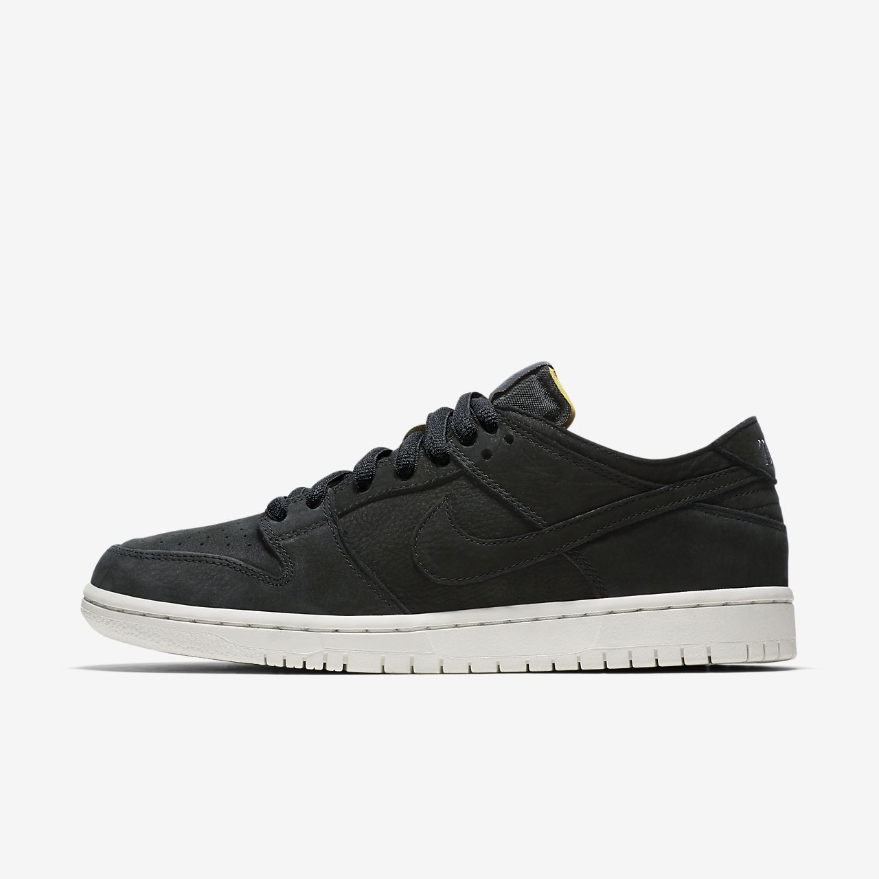 official photos 9d8bd 79b14 ... netherlands scarpa da skateboard nike sb zoom dunk low pro  deconstructed uomo fb89f d1f87