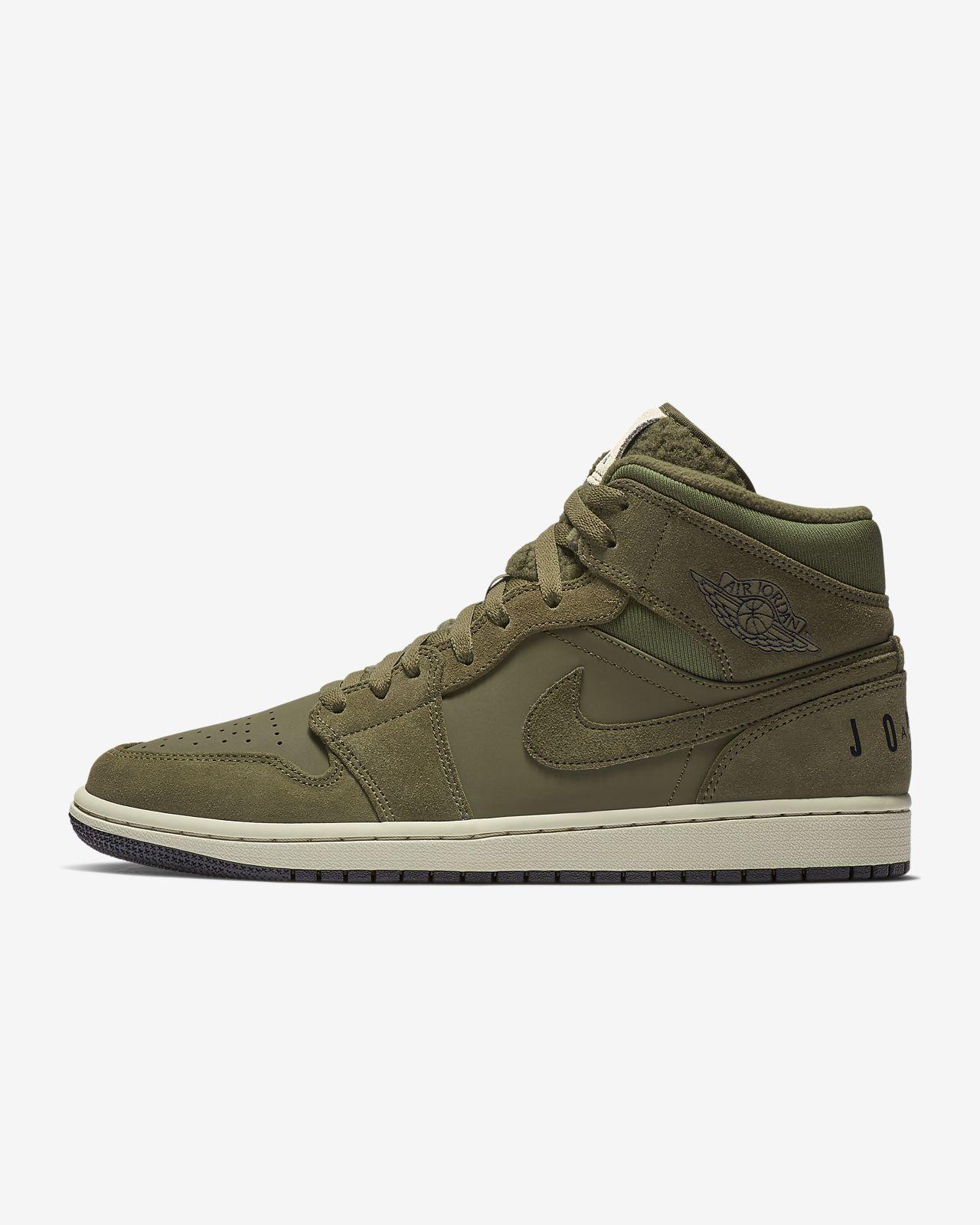 Air Jordan 1 Mid Premium Erkek Ayakkabısı