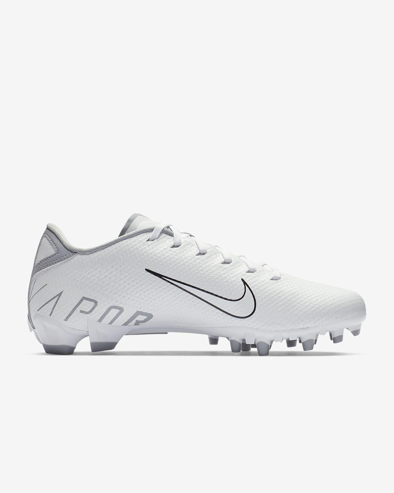 0d558f6d0387c2 Nike Vapor Untouchable 3 Speed Men s Football Cleat. Nike.com