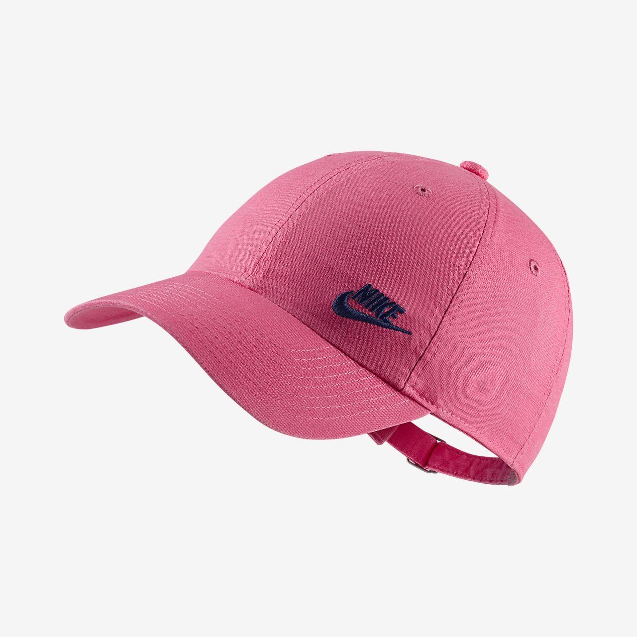 Nike Sportswear Heritage 86 Futura Adjustable Hat. Nike.com CA 916829a114f