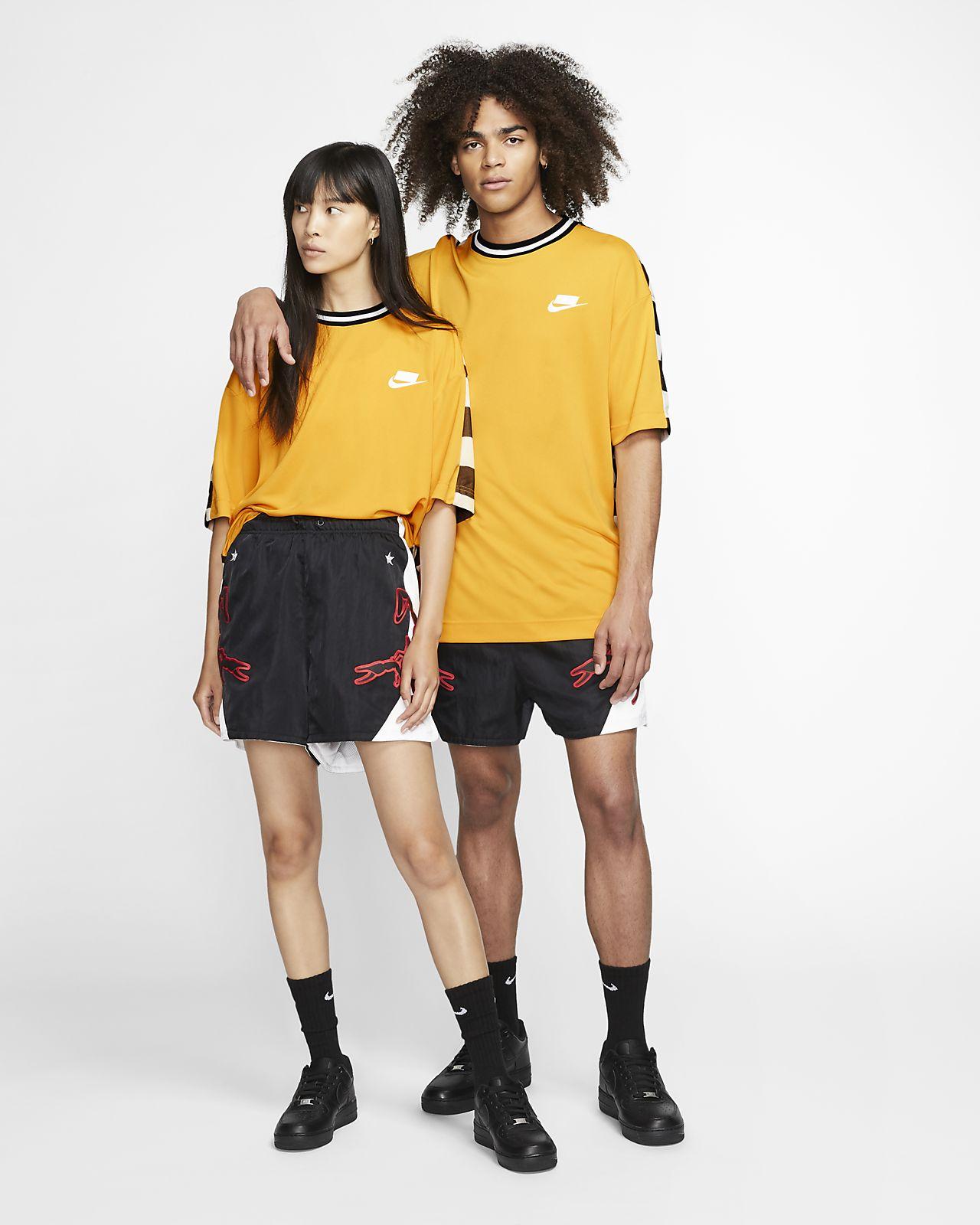 Nike Sportswear Sport Pack Kısa Kollu Üst