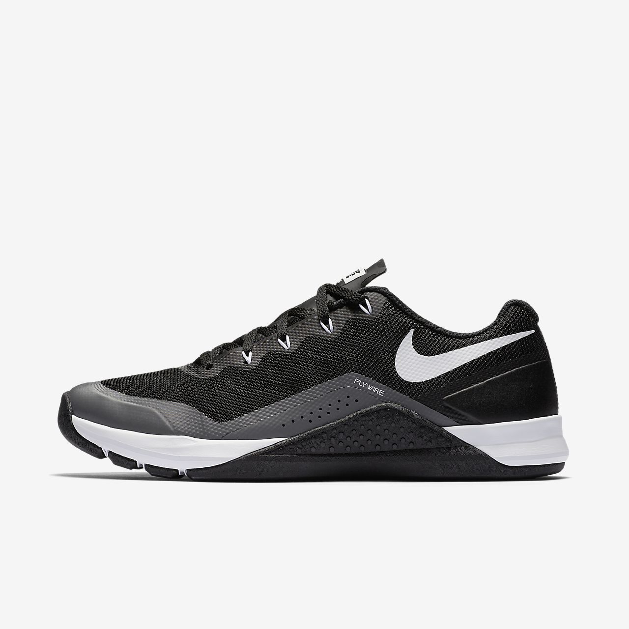 nike shoes used 10-5000mcb instructions not included 925879