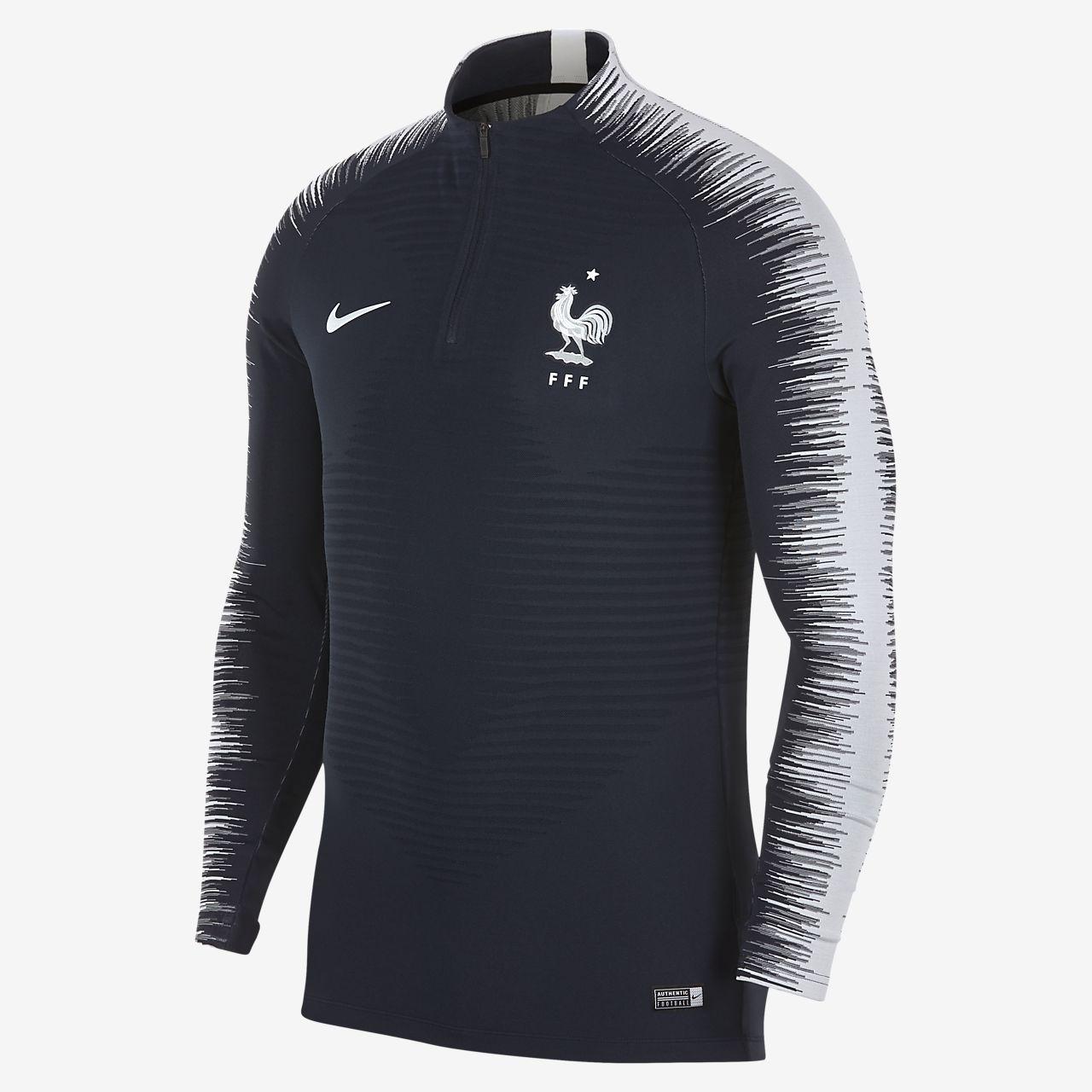 37c1f3c69 FFF VaporKnit Strike Drill Men s Long-Sleeve Football Top. Nike.com IE