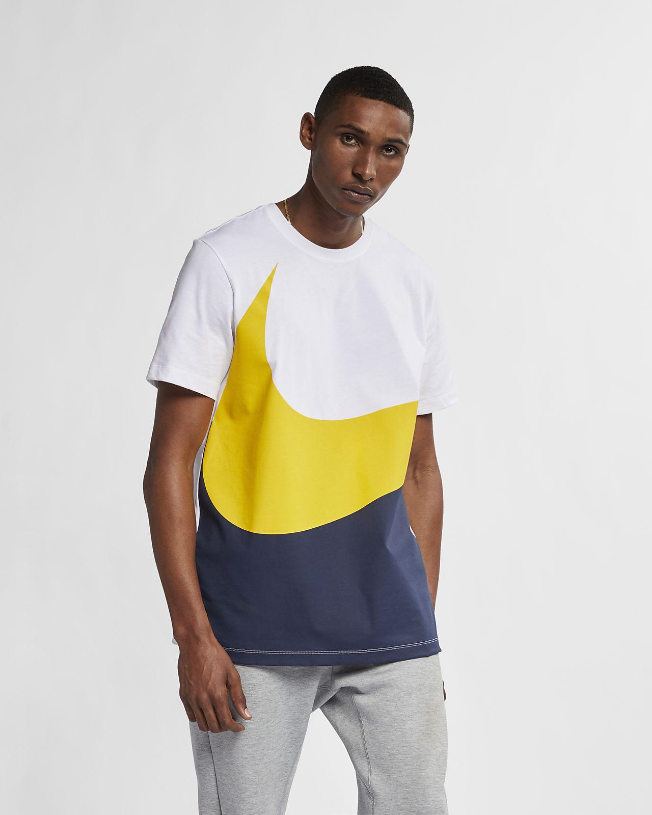 e4a074466 Nike Sportswear Swoosh T-Shirt. Nike.com AU