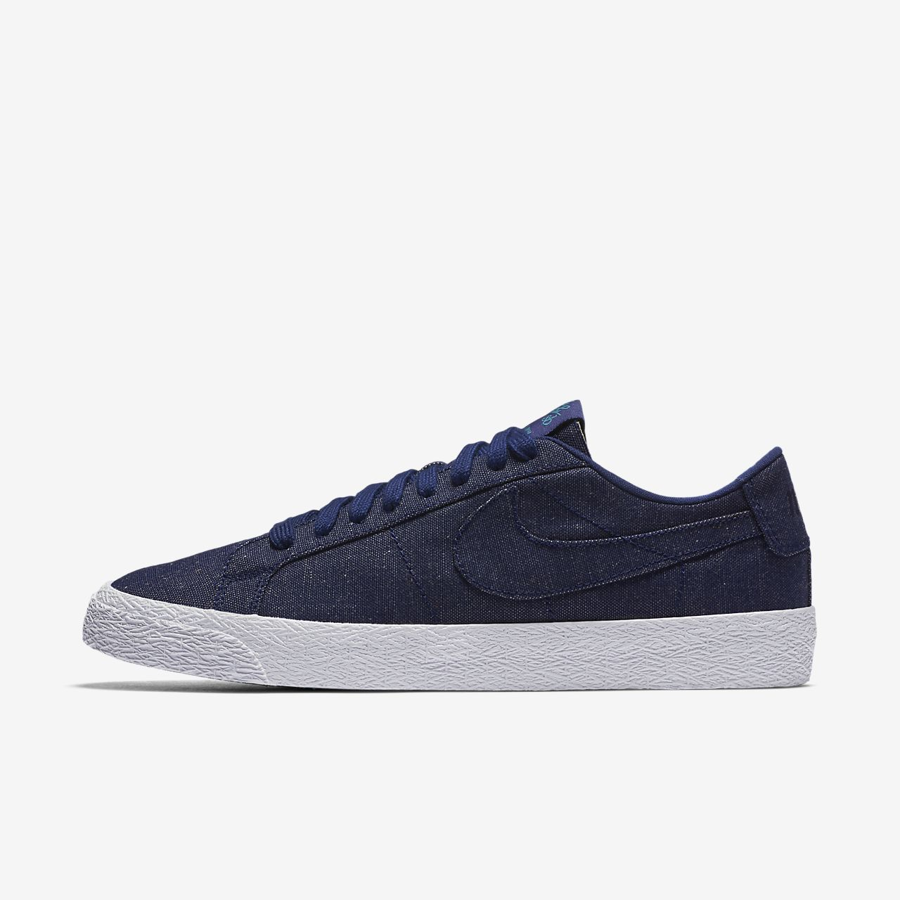 best authentic 7fea1 c4b35 Men s Skateboarding Shoe. Nike SB Zoom Blazer Low Canvas Deconstructed