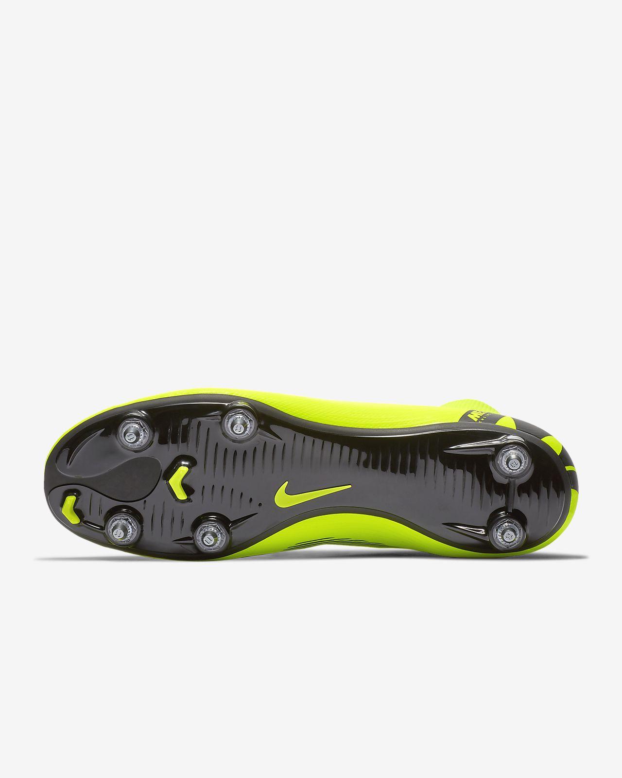 check out ec9a9 5ca4f ... Fotbollssko för mjukt underlag Nike Mercurial Superfly VI Academy SG-PRO