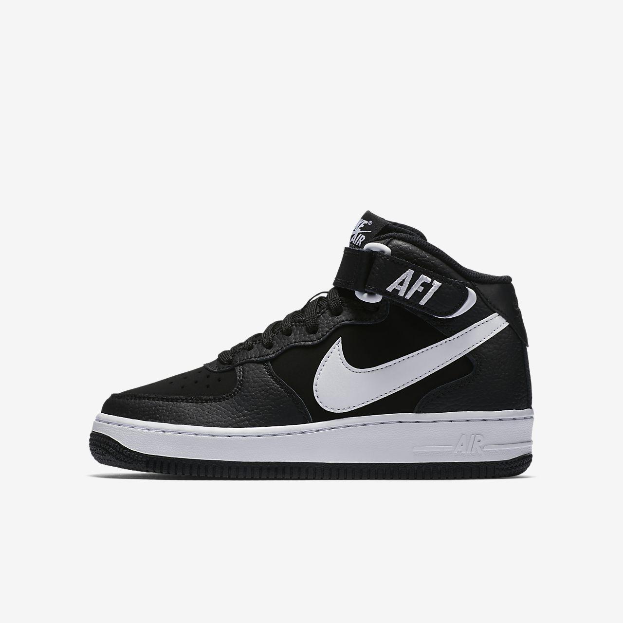 Chaussures Nike Air Force 1 noires garçon NtXk1