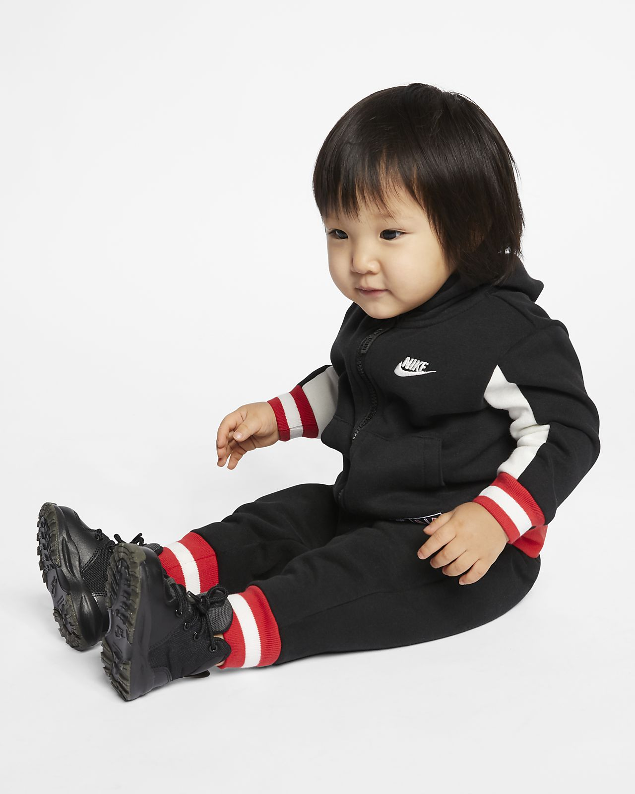 Dvoudílná souprava Nike Air pro kojence (12–24 měsíců)