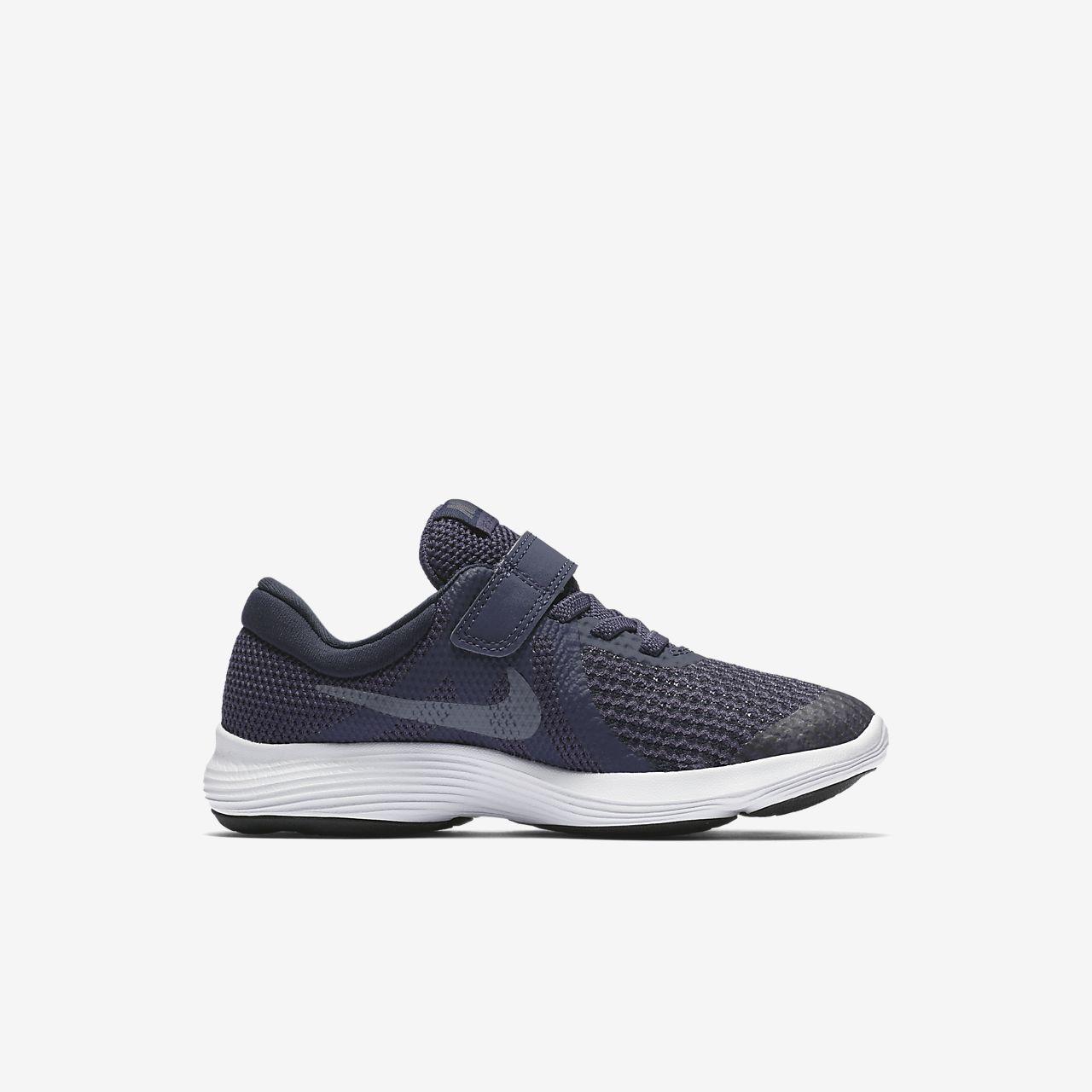 2a5a17e5afdf Nike Revolution 4 Younger Kids  Shoe. Nike.com GB