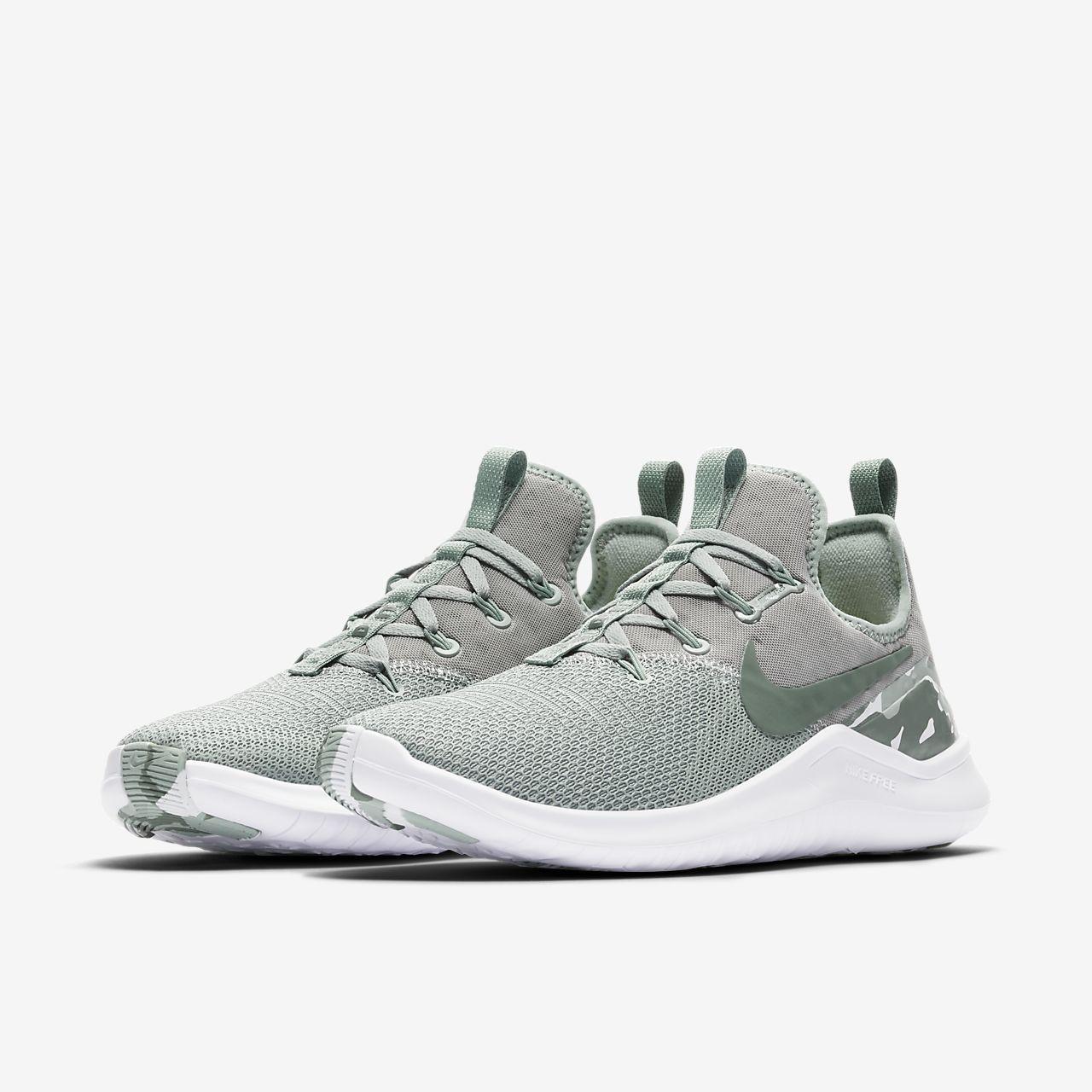 Nike PerformanceFREE TR 8 AMP - Sports shoes - light pumice/clay green pqz0I600V