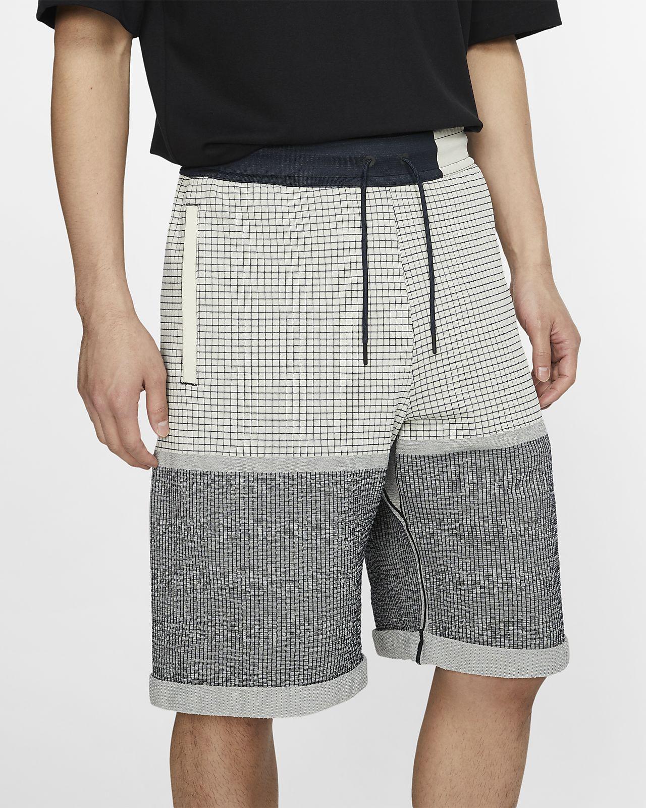 Shorts i stickat material Nike Sportswear Tech Pack för män