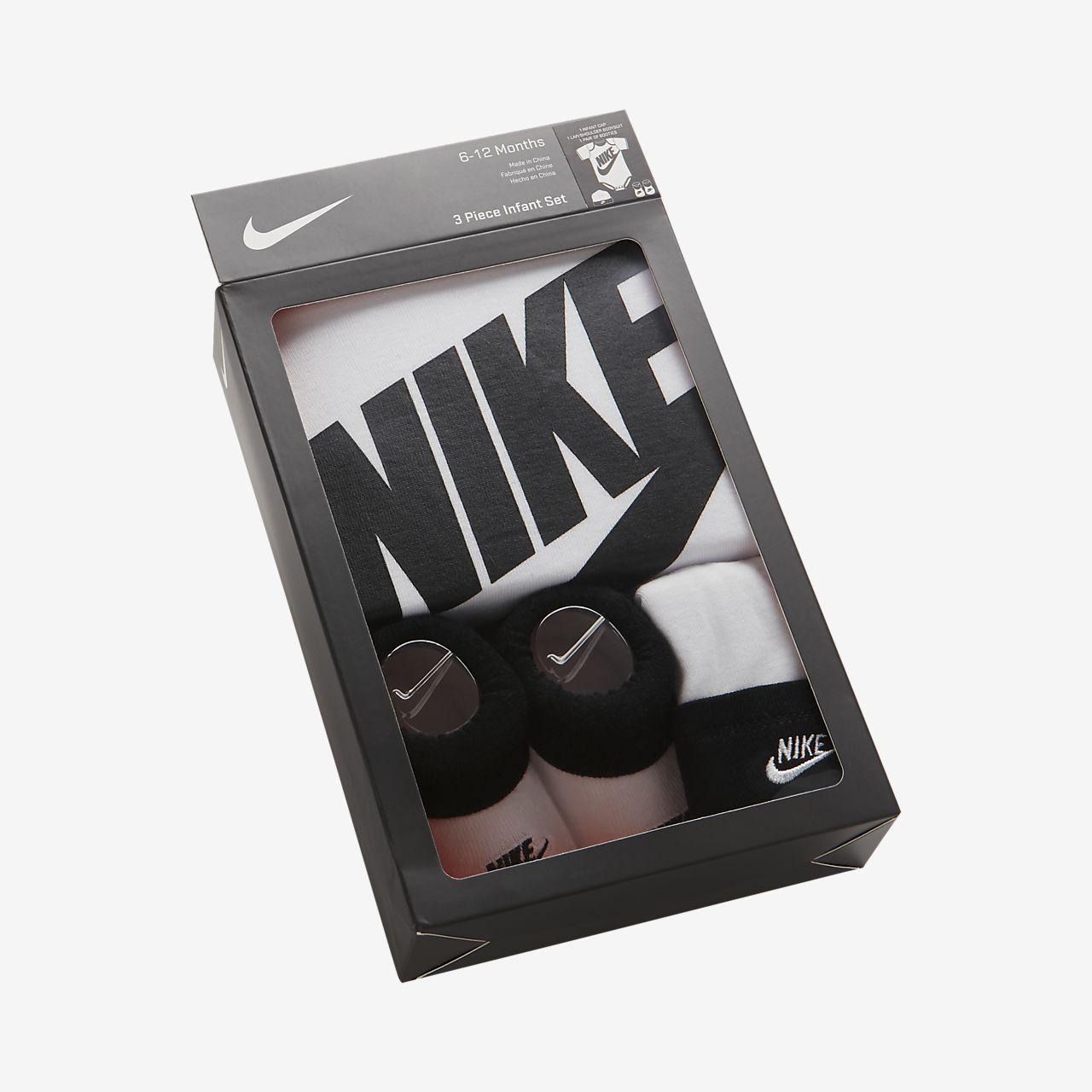 Nike Sportswear Babyset met rompertje, beanie en booties