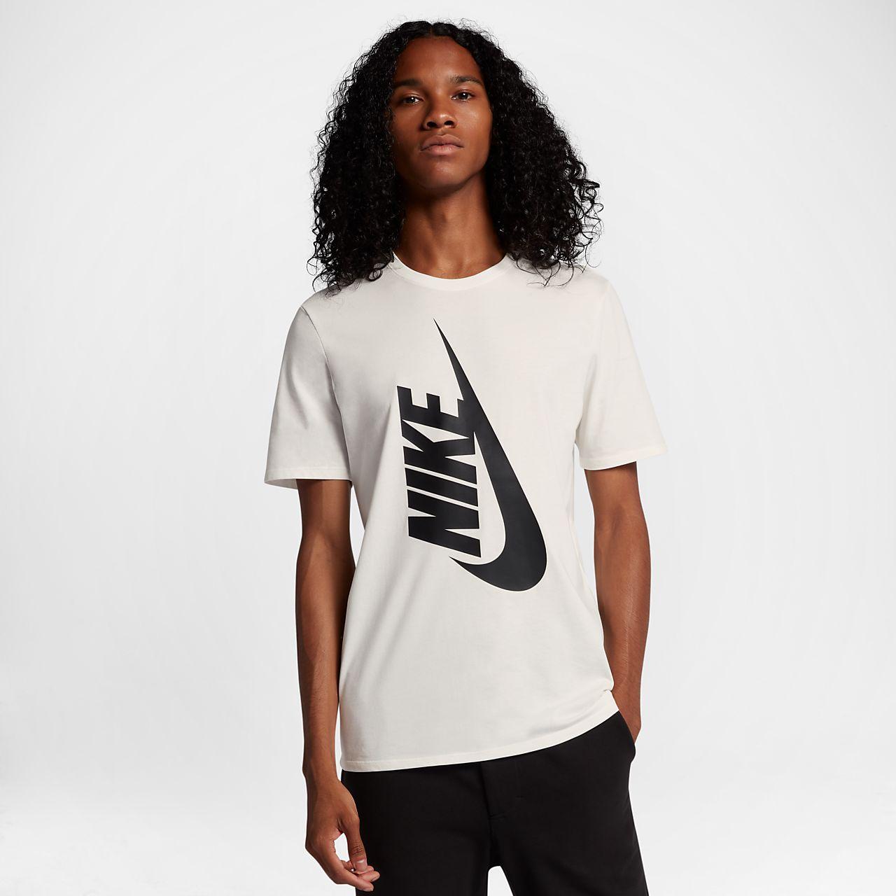 เสื้อยืดผู้ชาย NikeLab Essentials