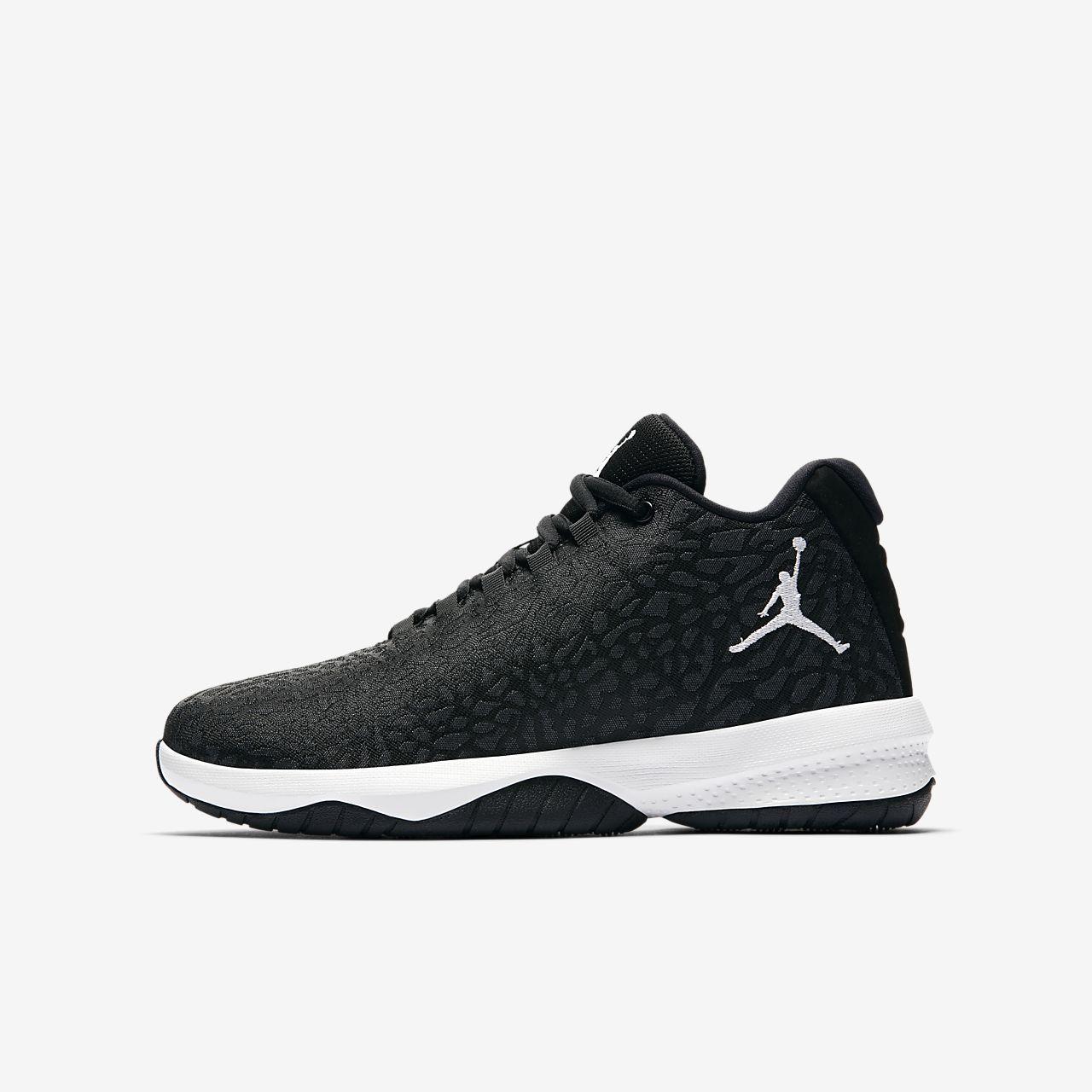 chaussure de basket nike garcon