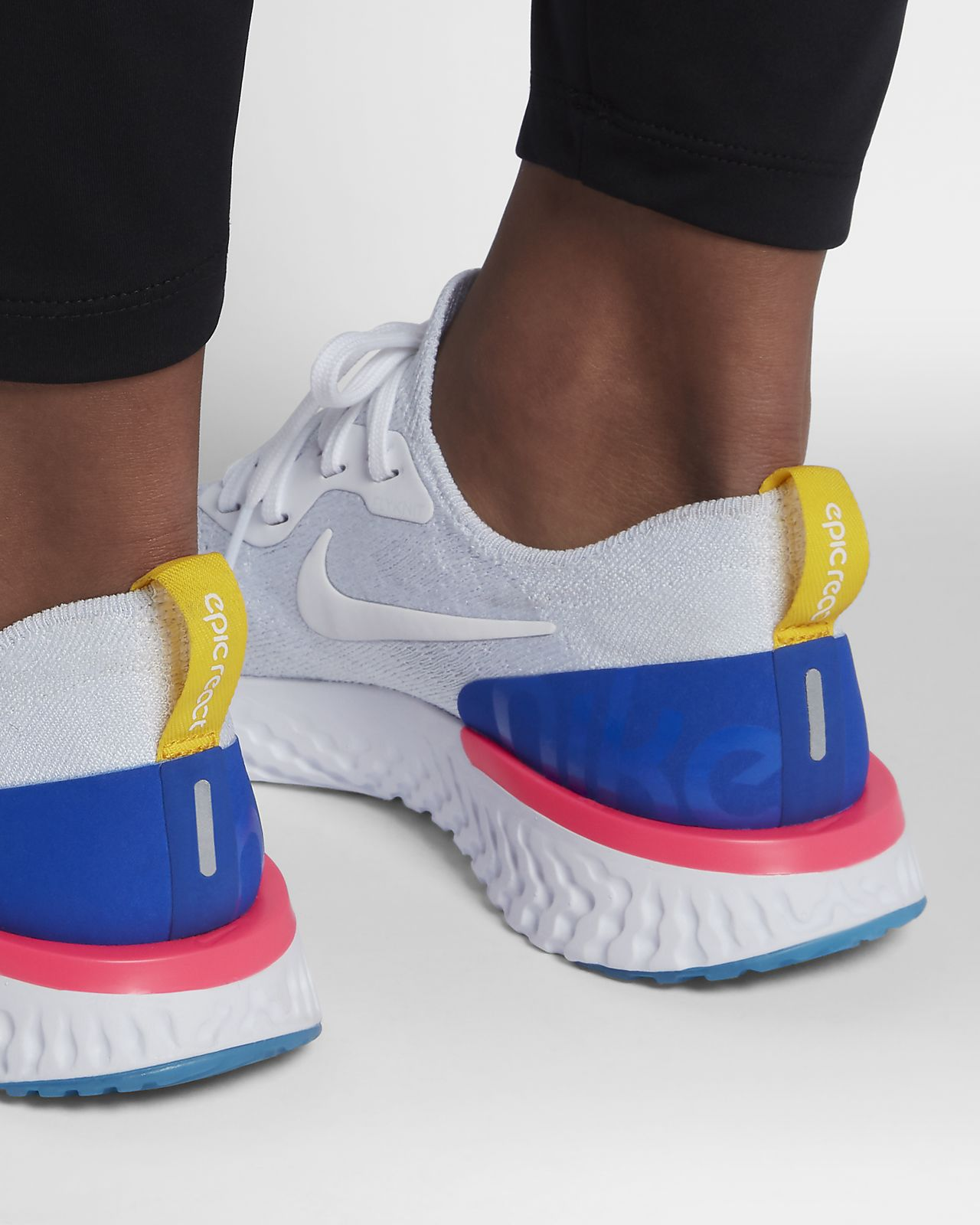 ... Nike Epic React Flyknit Damen-Laufschuh