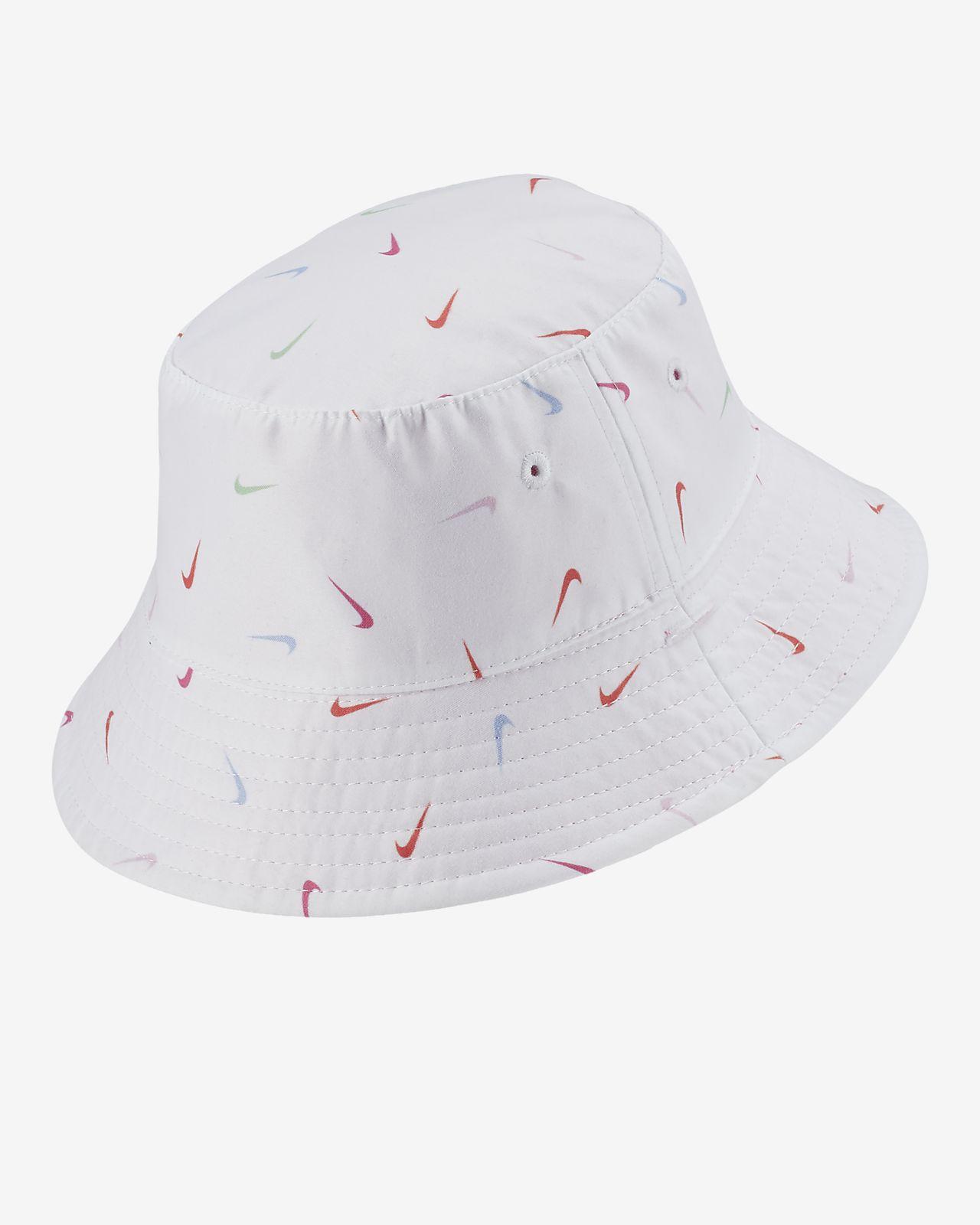 15181969 Nike Dri-FIT Toddler Reversible Bucket Hat. Nike.com