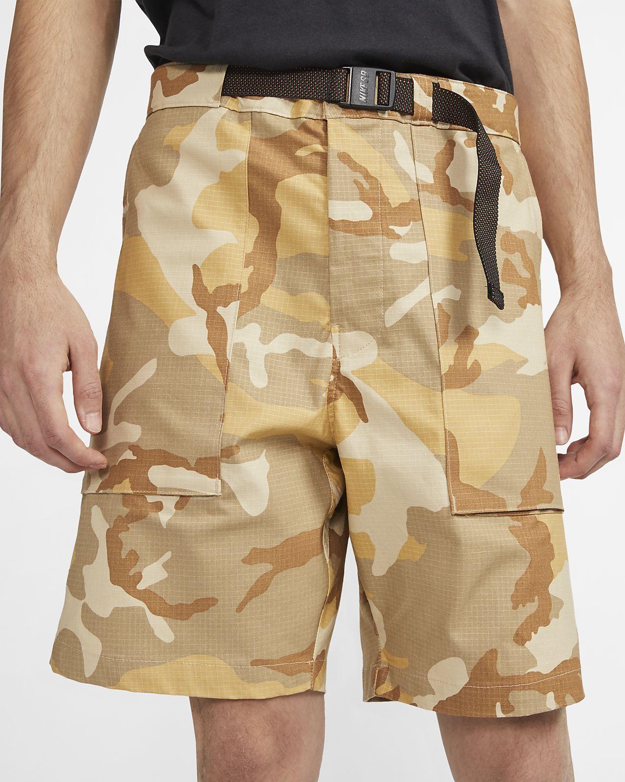 Nike SB Pantalón corto de skateboard de camuflaje - Hombre