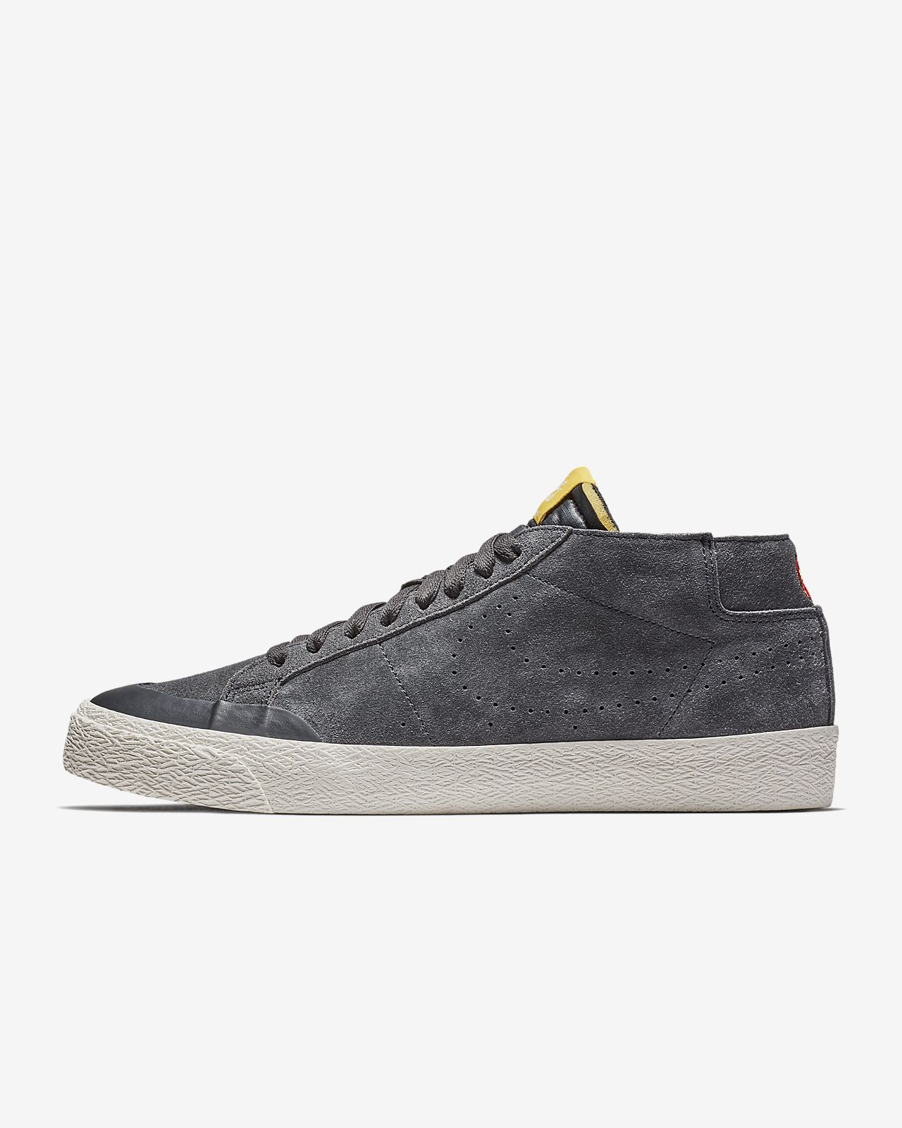 uk availability 685ff 5831f Nike SB Zoom Blazer Chukka XT Men's Skateboarding Shoe