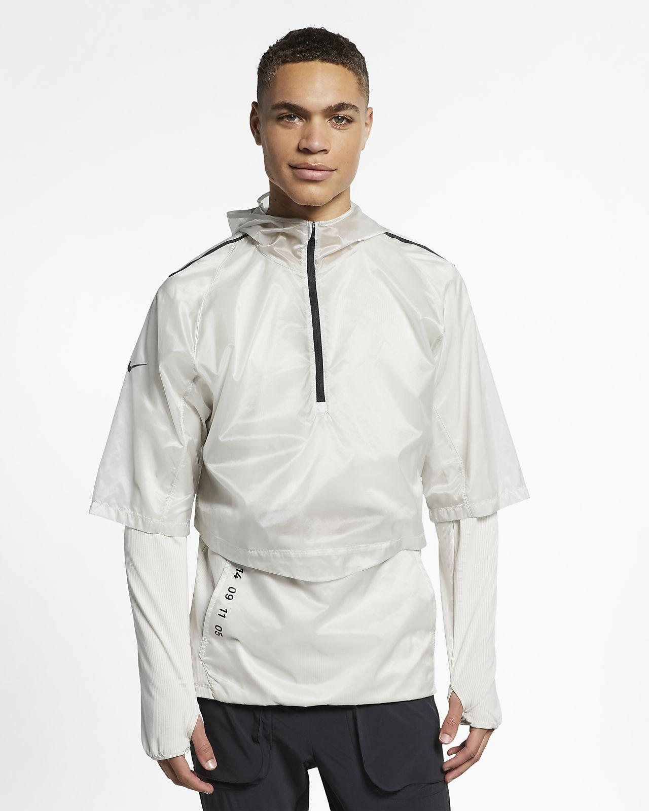 Pánské běžecké tričko Nike Tech Pack