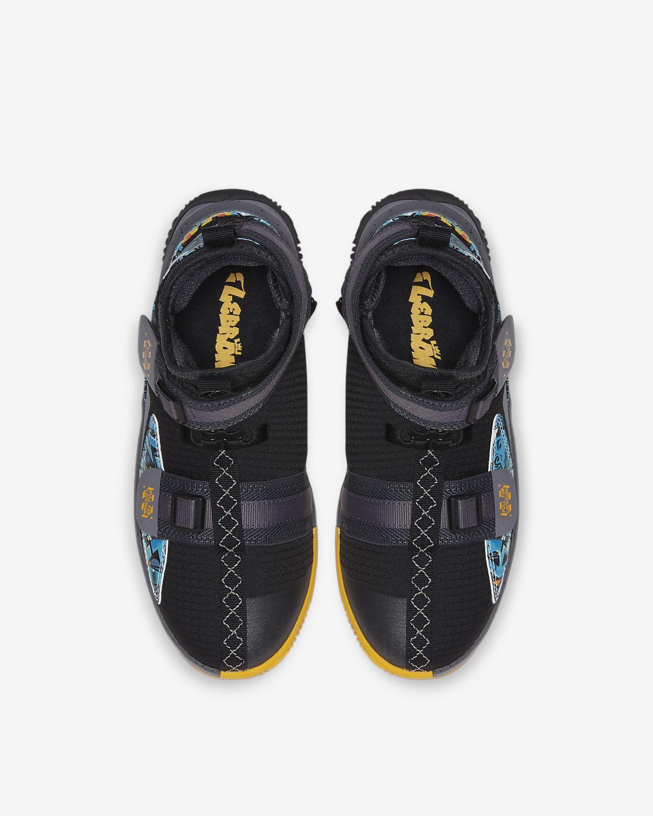 meilleure sélection 71338 9ae02 Chaussure de basketball LeBron Soldier 13 FlyEase pour Enfant plus âgé