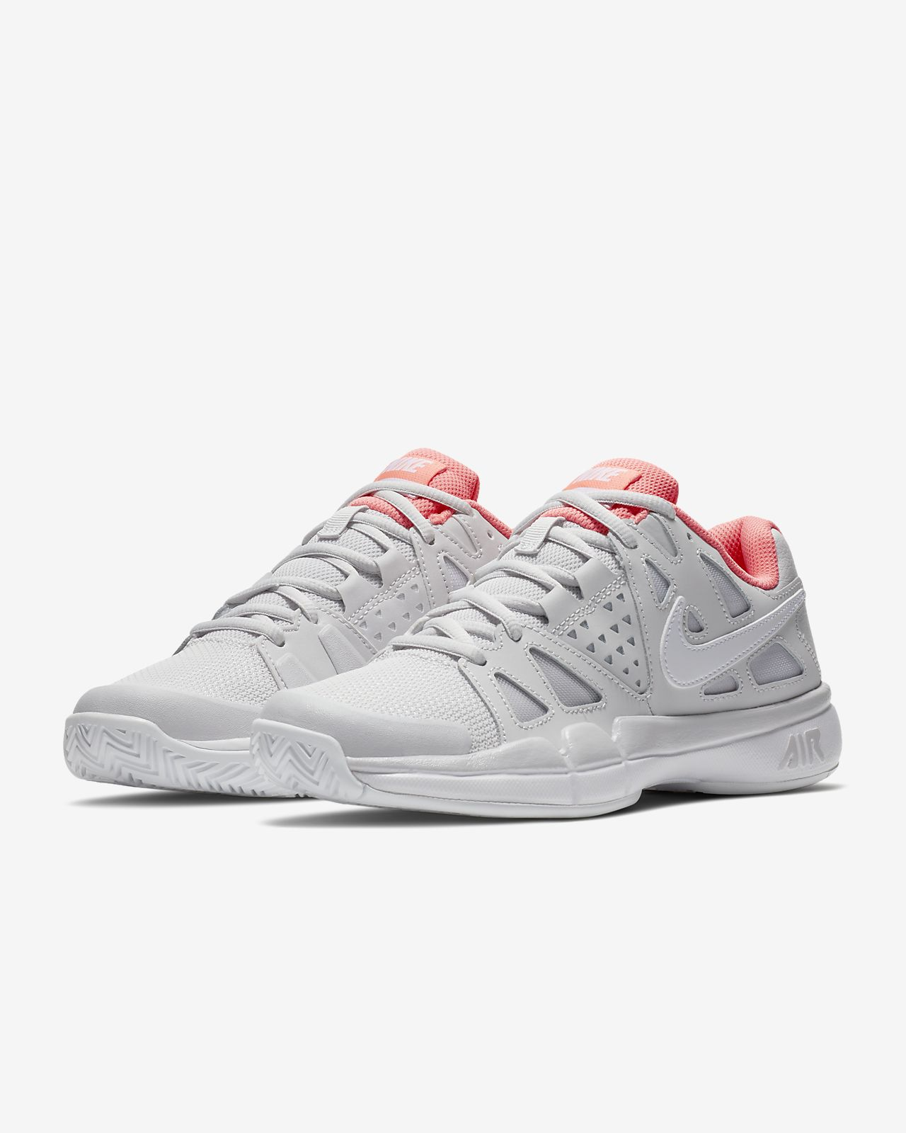 ... NikeCourt Air Vapor Advantage Women's Tennis Shoe
