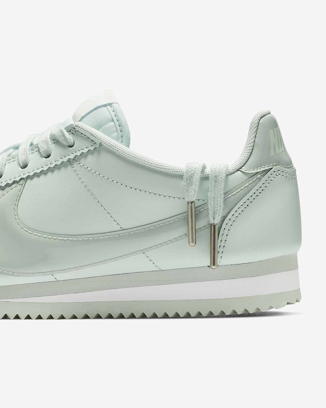 abc55382aeb44 Nike Classic Cortez Premium Women s Shoe. Nike.com IE